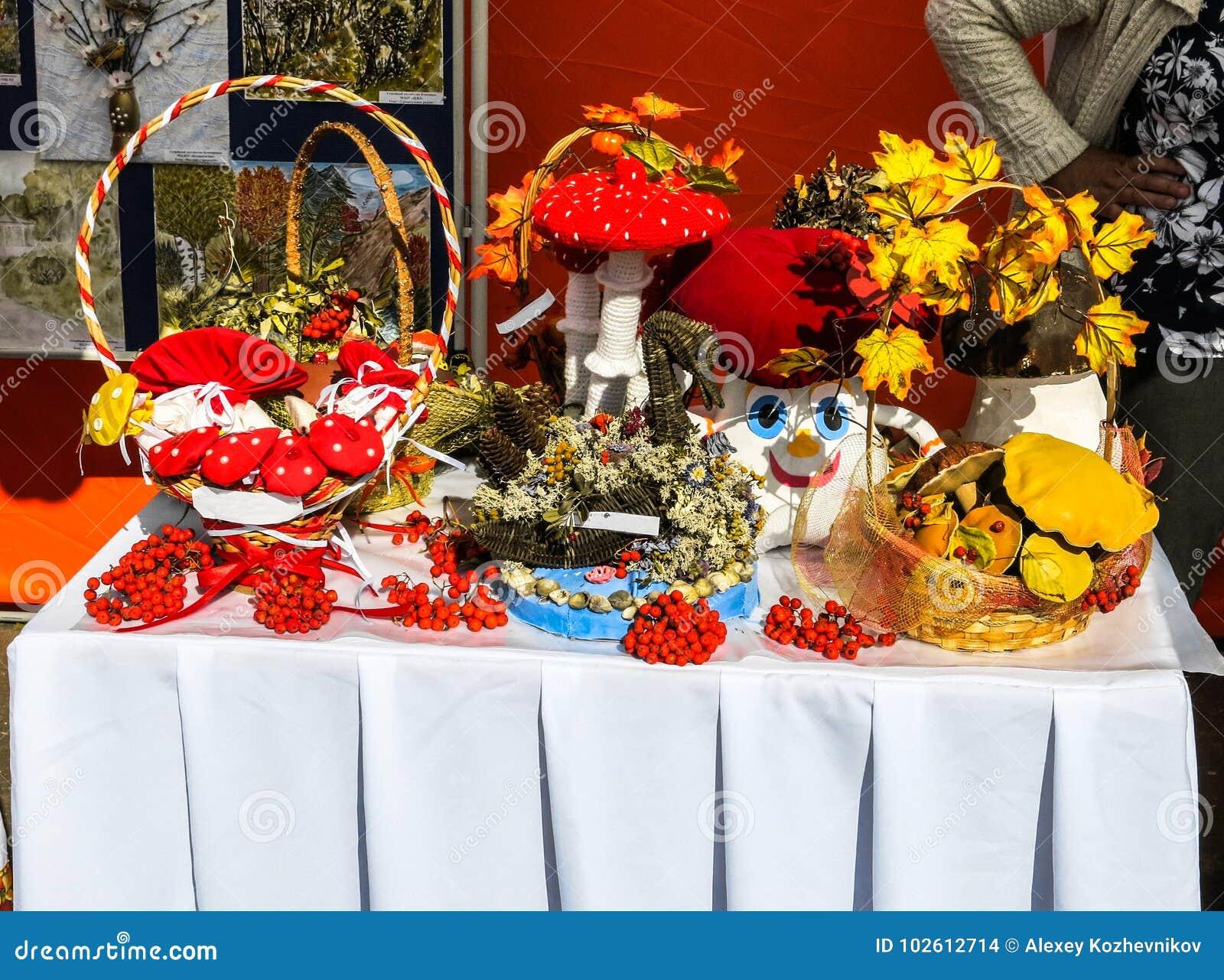Homemade decorative crafts