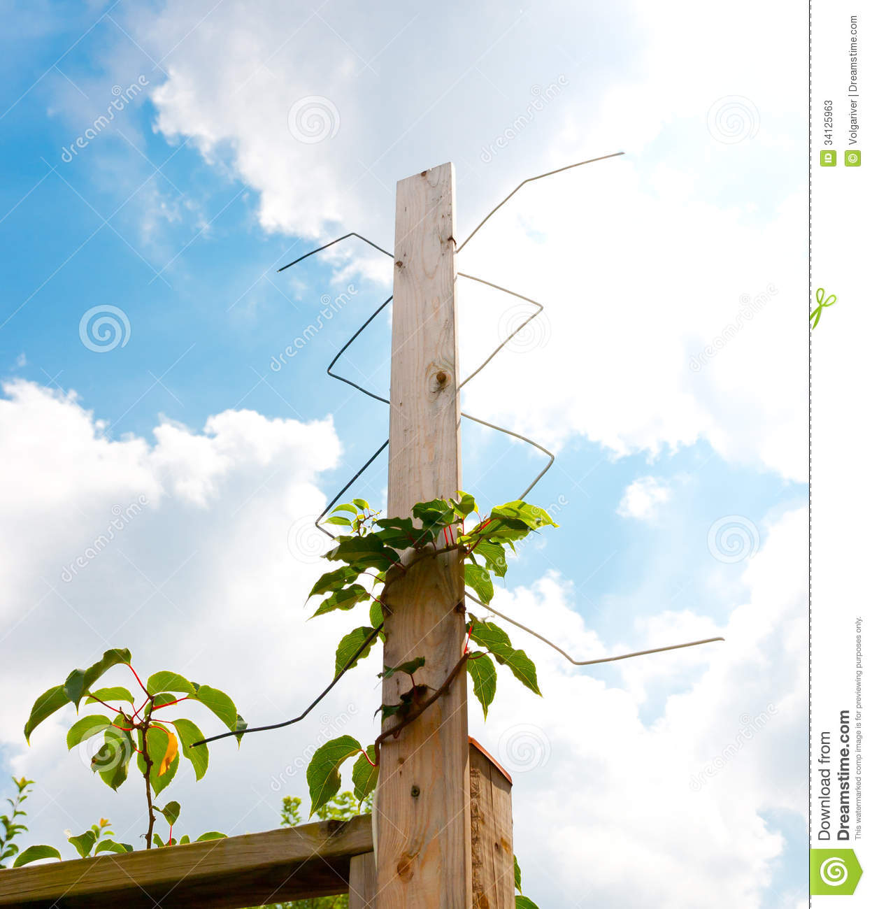 Construction Line as well Ktle homantin additionally Stock Photos Homemade Digital Outdoor Tv Antenna Installed Image34125963 additionally  in addition 4567018998. on residential
