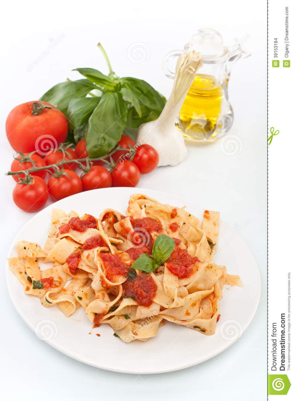 Homemade Pasta with Tomato Sauce