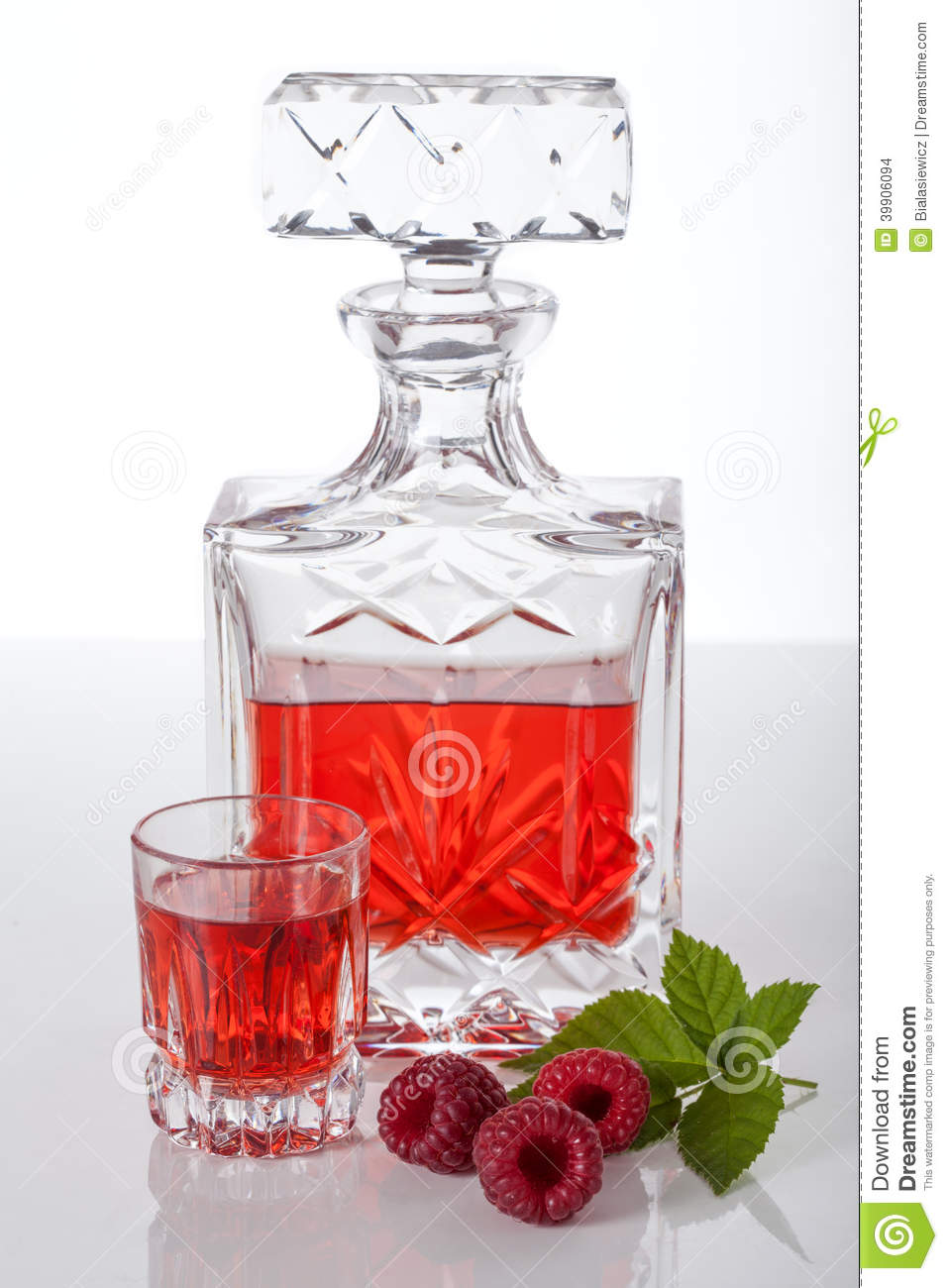 Homemade Raspberry Liqueur Stock Photo - Image: 39906094