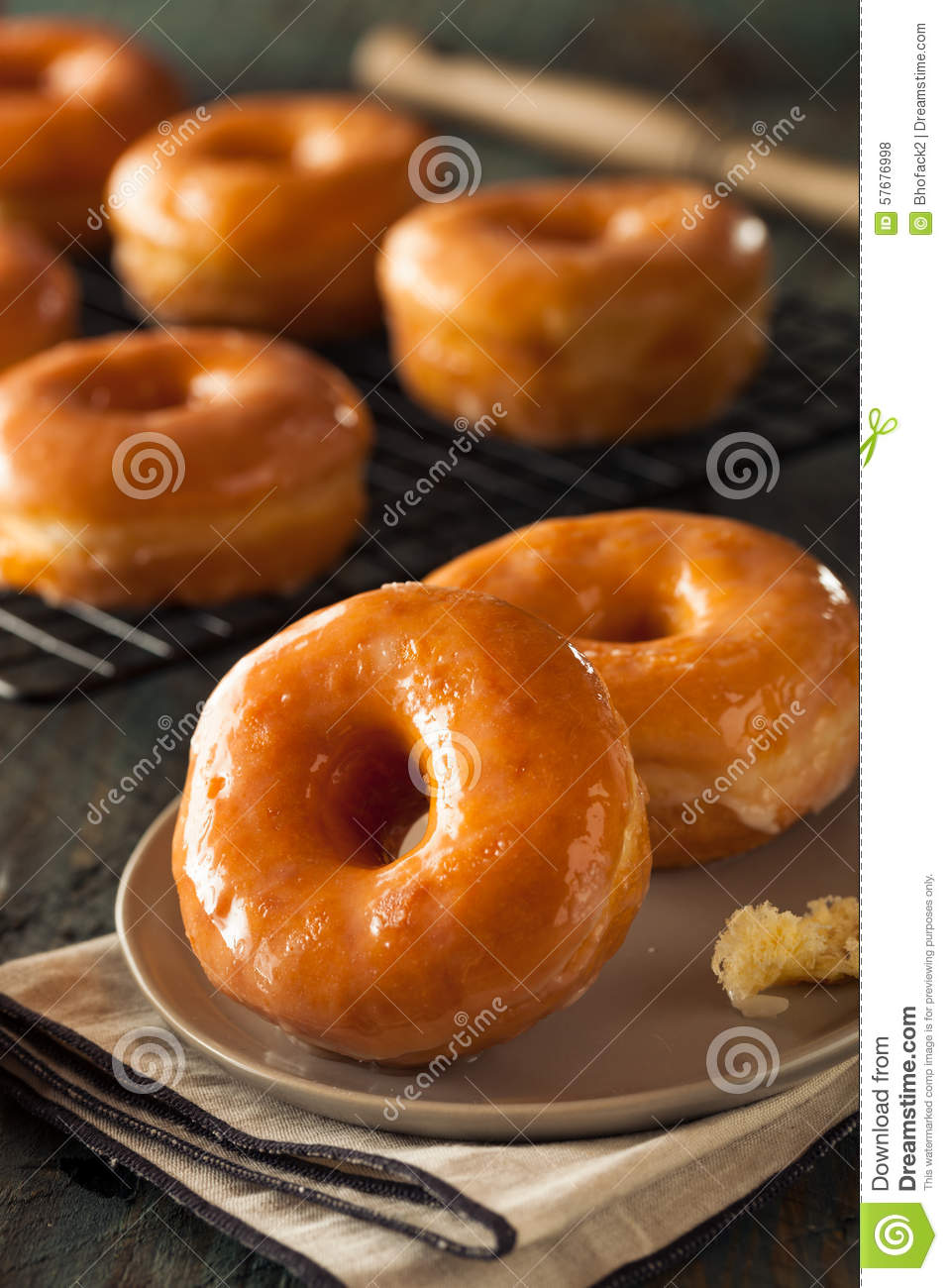 how to make homemade glazed donuts