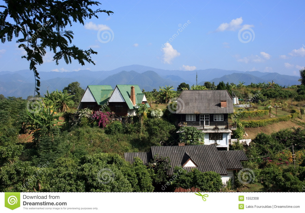 Homes in nature royalty free stock photos image 1552308 for Nature home photos