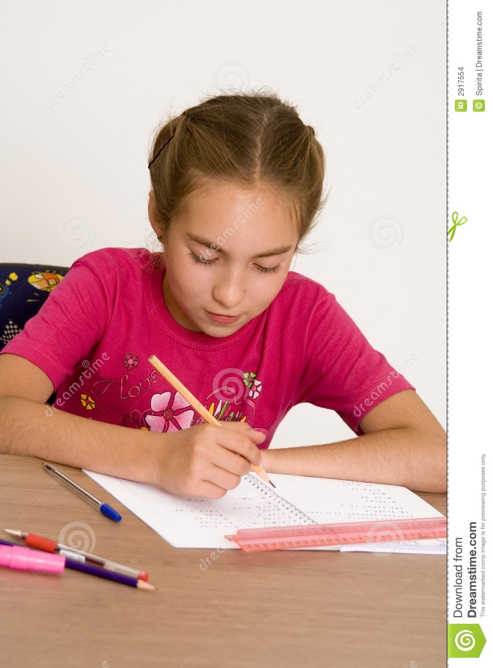 Writing good essays for scholarships