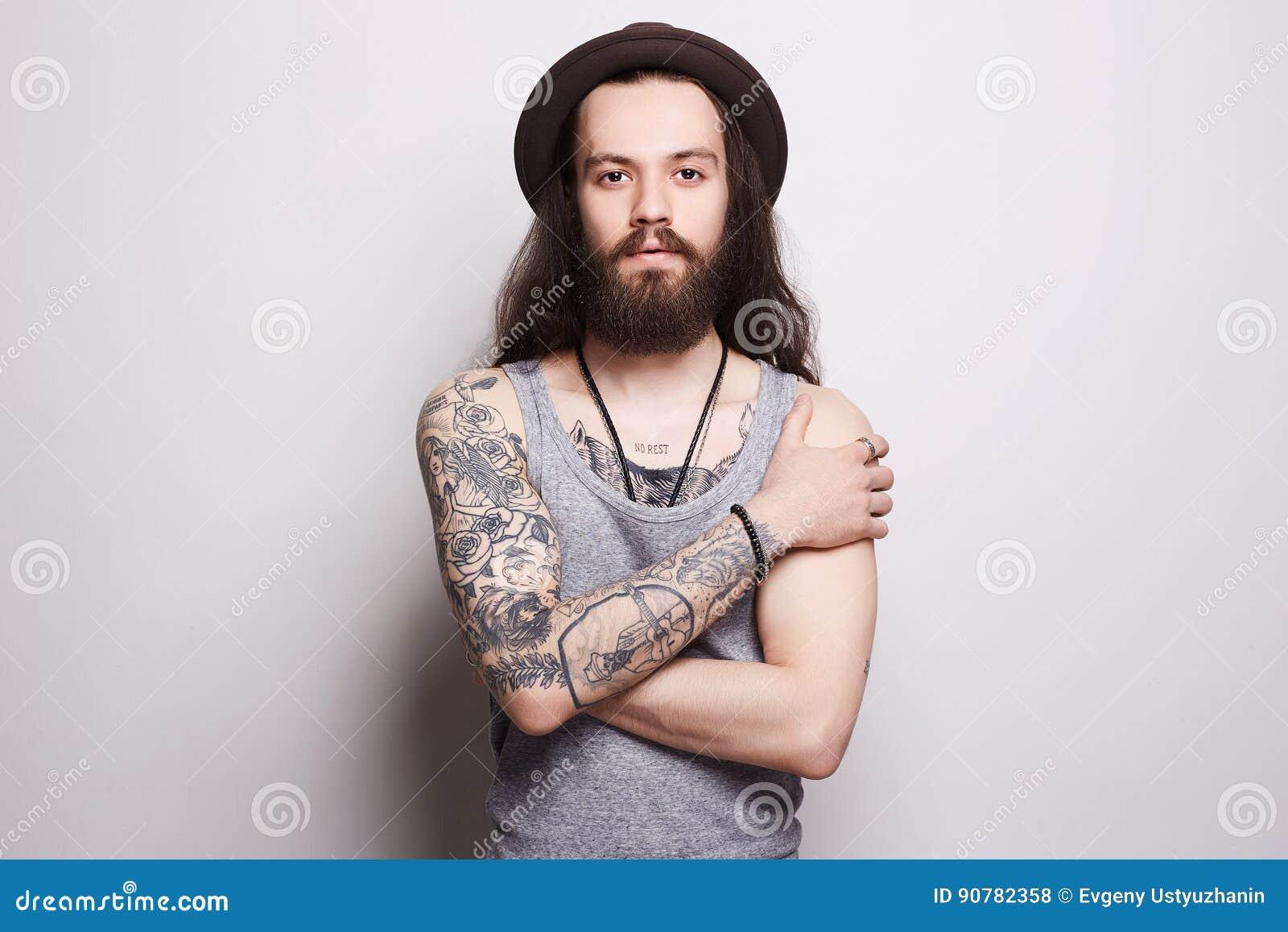 frais tatouage homme