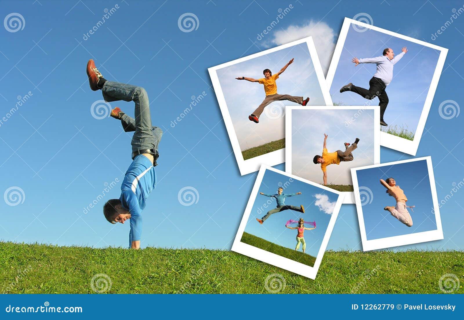 Homme branchant en herbe et photographies des gens