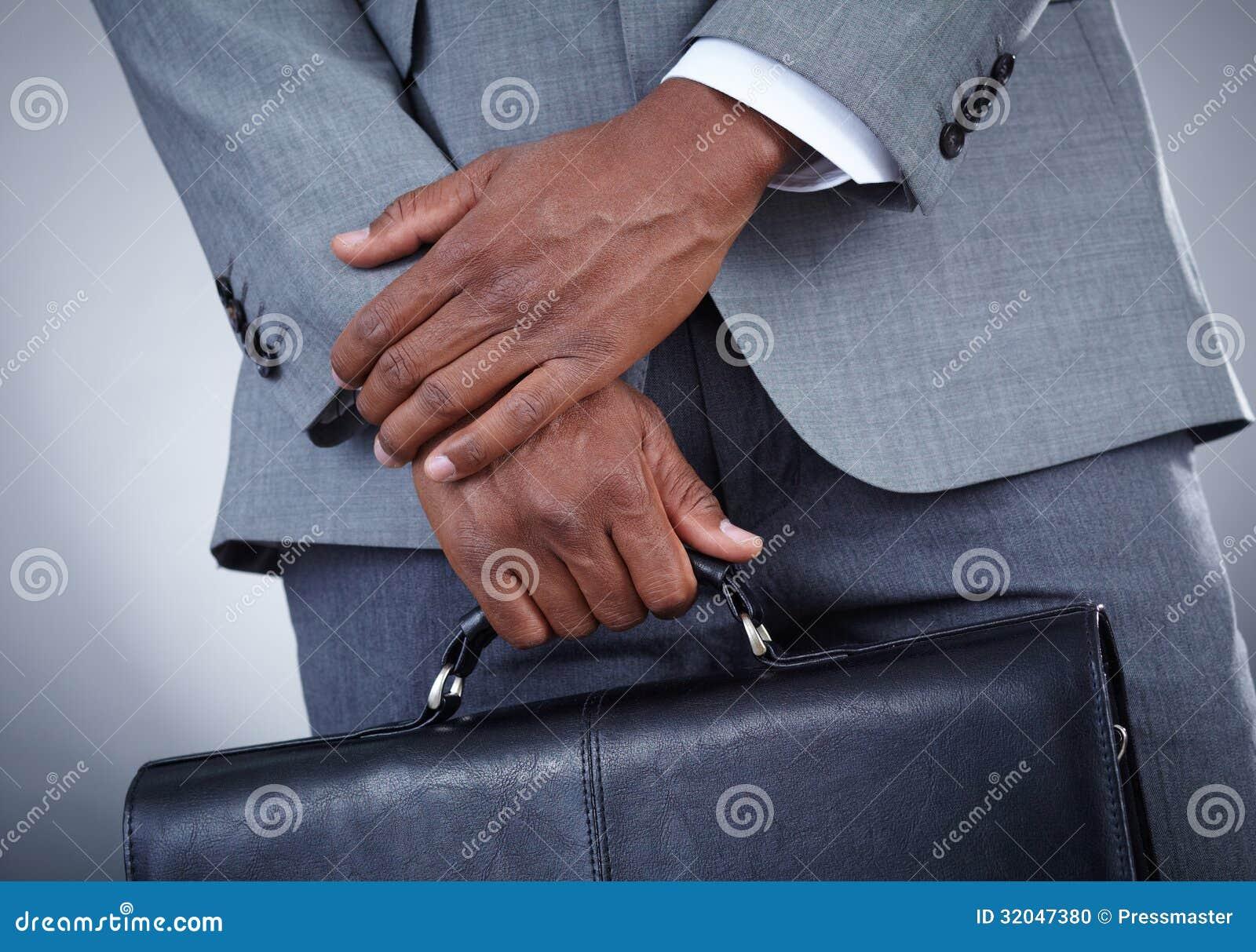 Homme d affaires avec la serviette