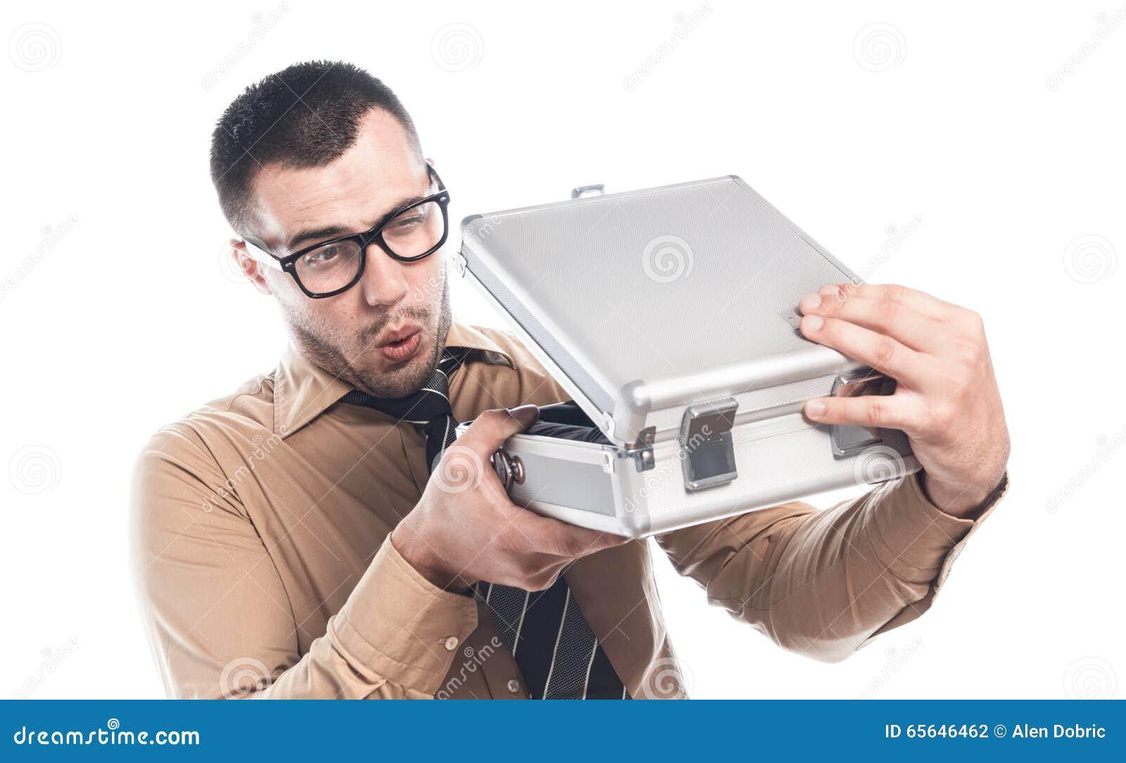 Homme d affaires avec le cas protecteur