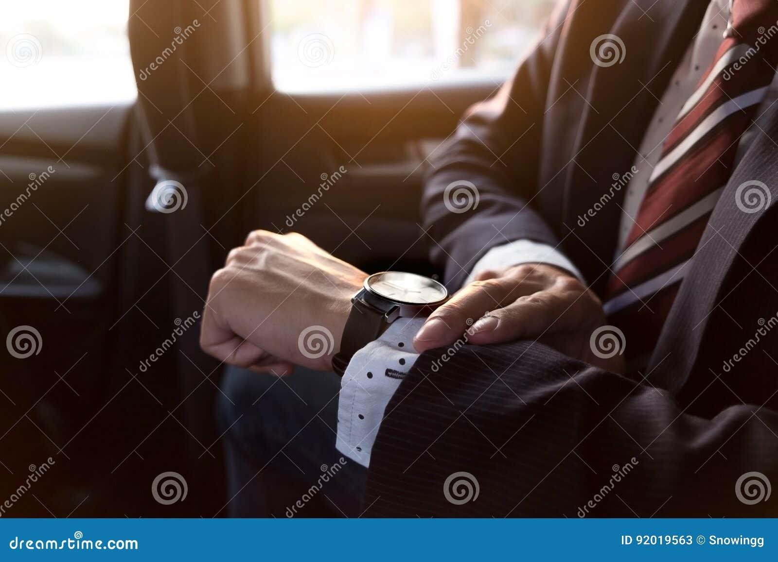 Bracelet homme voiture