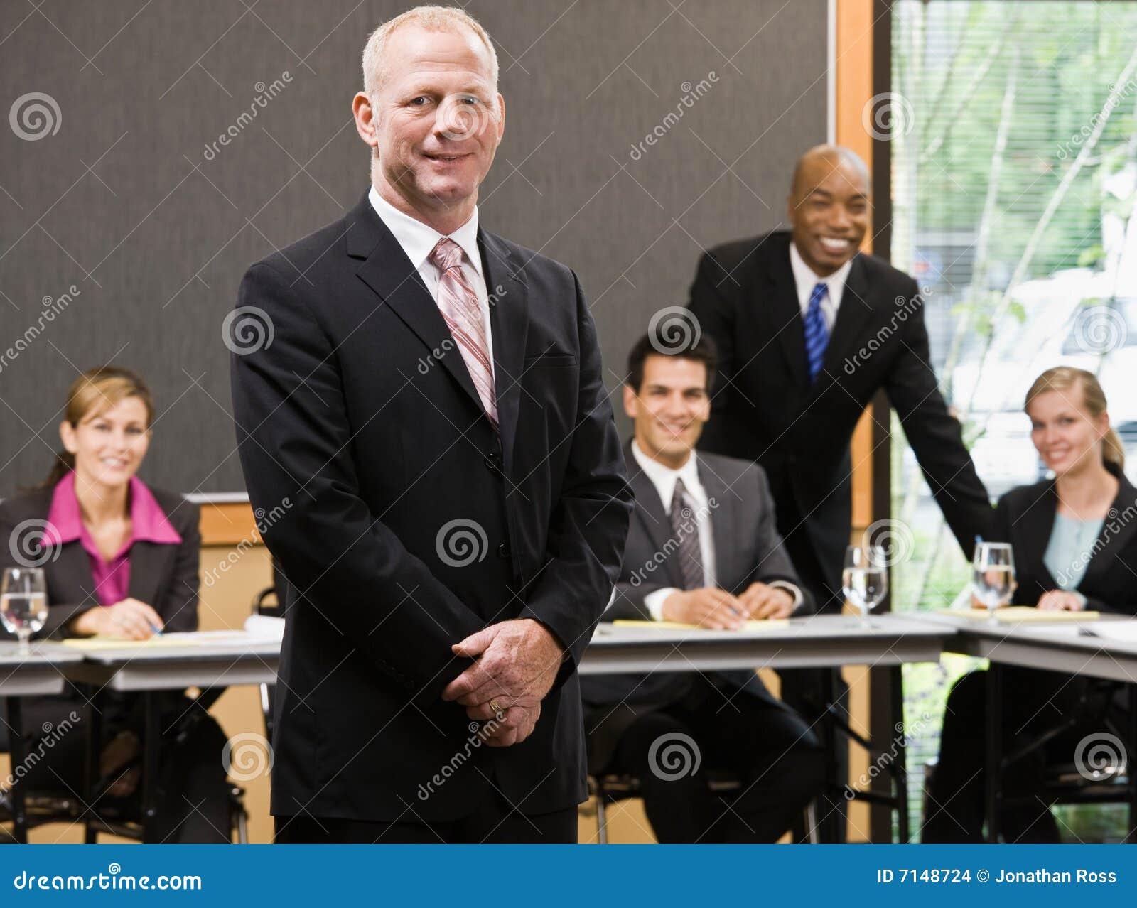 Homme d affaires confiant