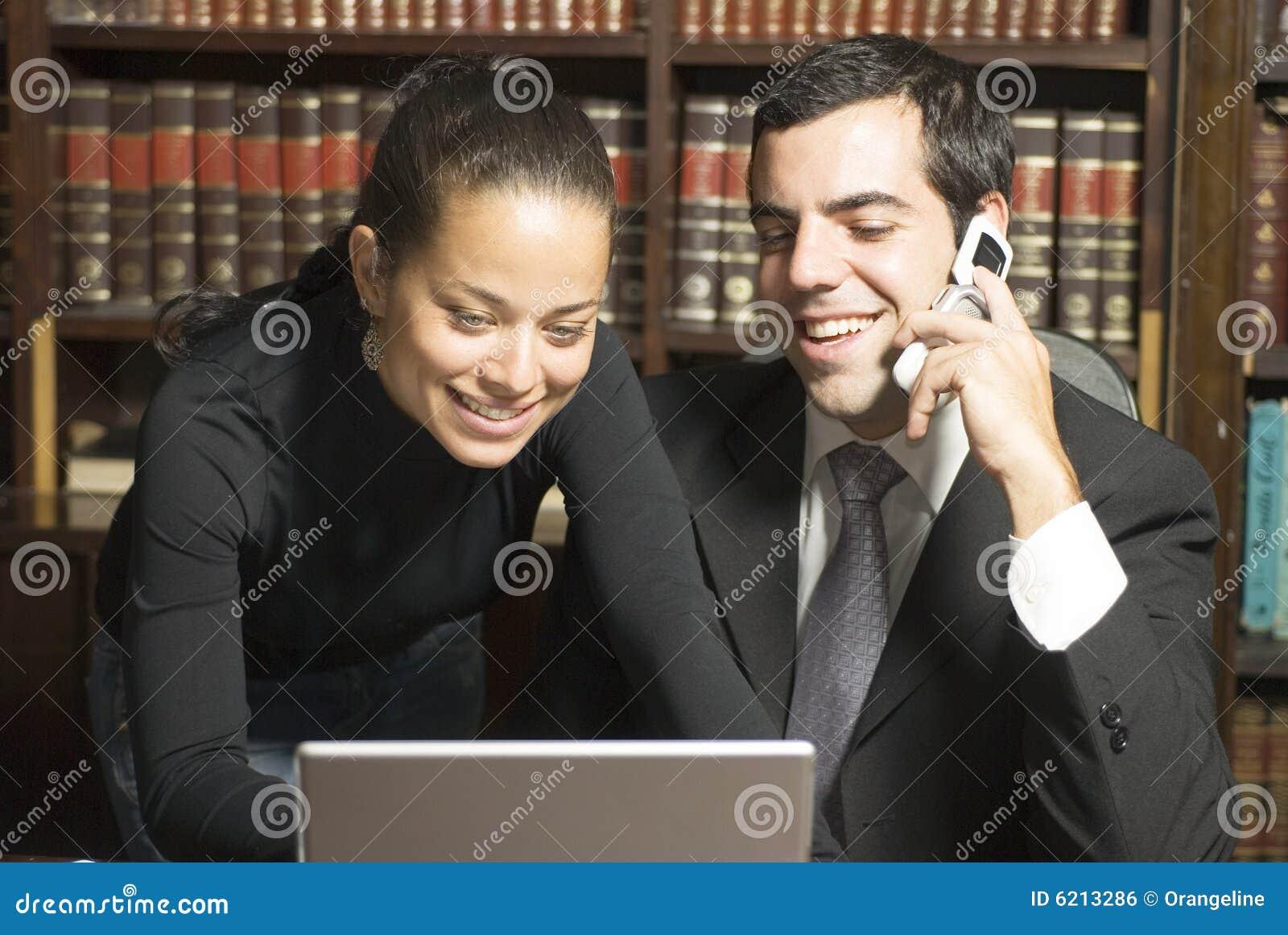 Homme d affaires et femme - horizontaux