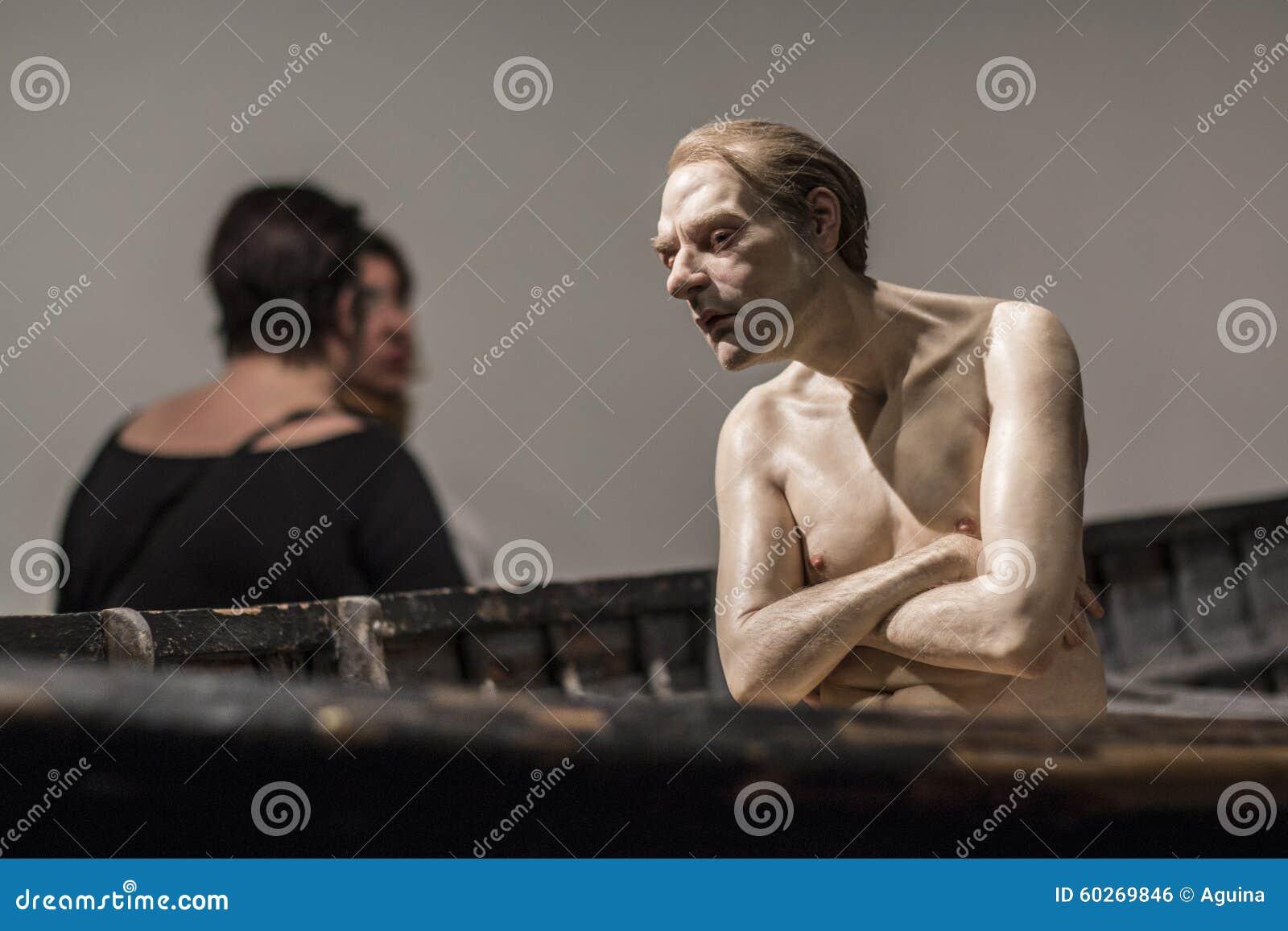 Homme Dans Un Bateau, 2002 - Ron Mueck Photo éditorial - Image du ...