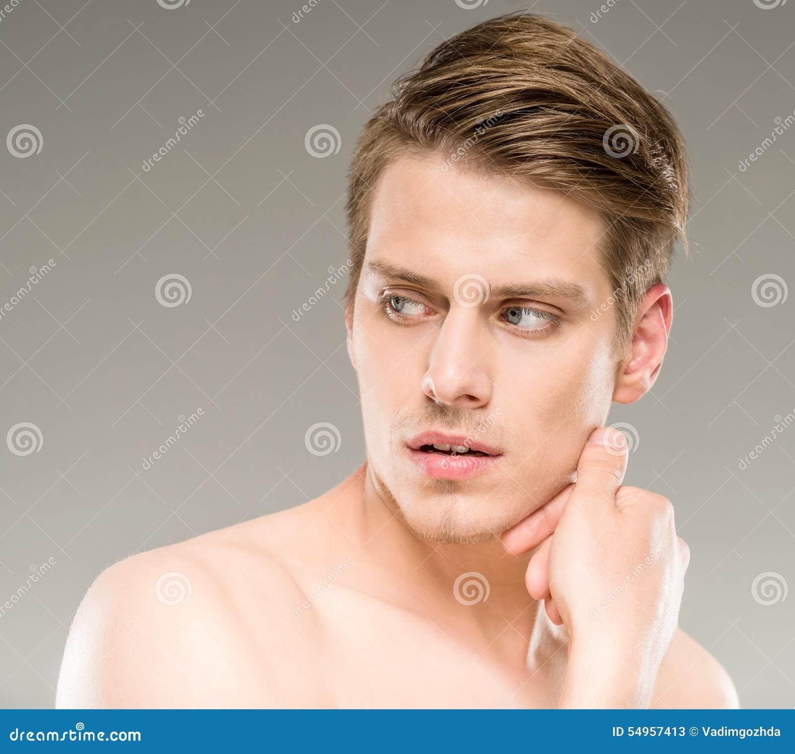 Homme De Beauté Photo stock - Image: 54957413