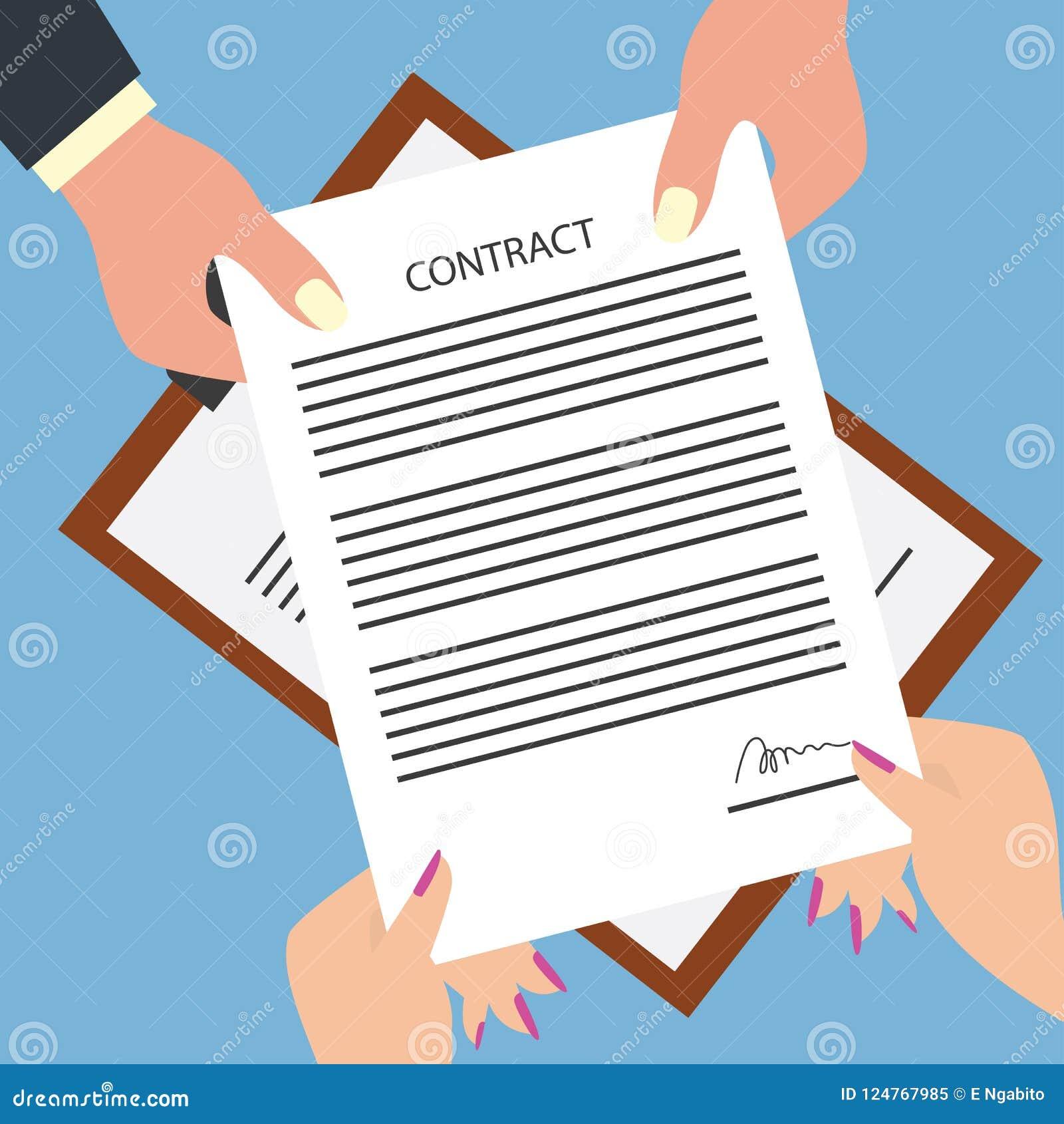 Homme donnant la forme signée de contrat à la femme