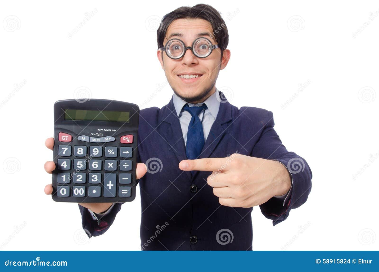 Homme drôle avec la calculatrice d isolement sur le blanc