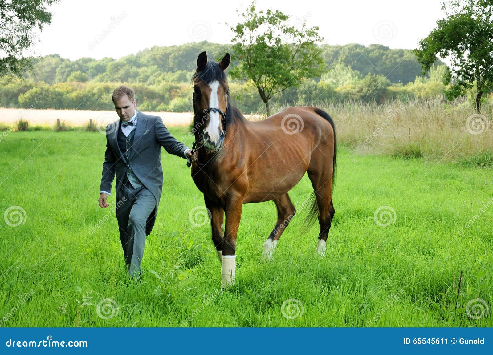 Homme et cheval