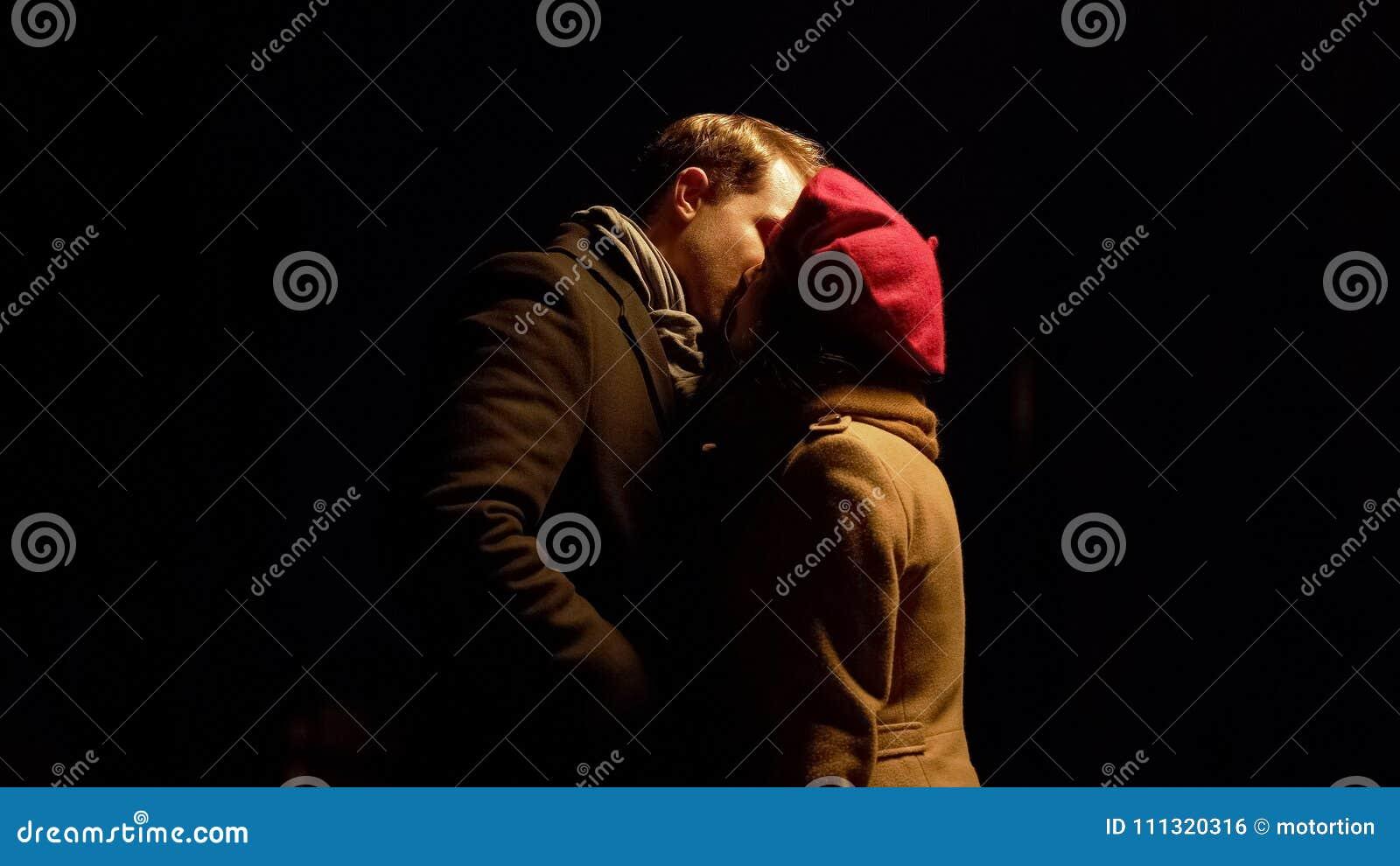 Rencontres en ligne gratuites pour les couples mariés