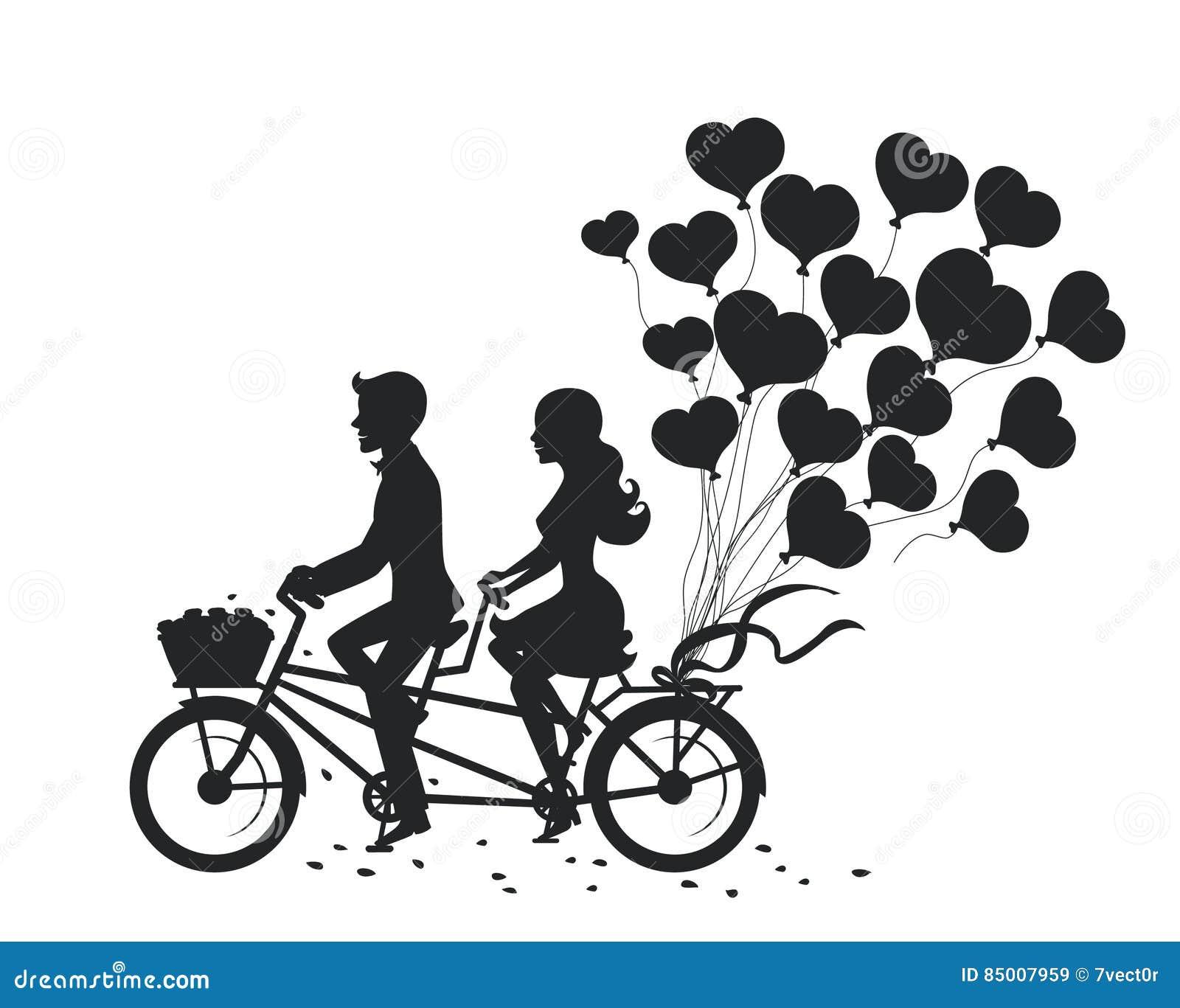 Homme et femme romantiques de couples une date conduisant le vélo