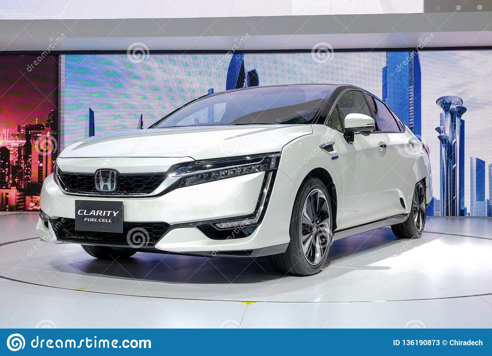 Honda klarowność Fuel Cell, electrick samochodowy przedstawienie na pokazie przy 39th Bangkok Międzynarodowym Motorowym przedstaw