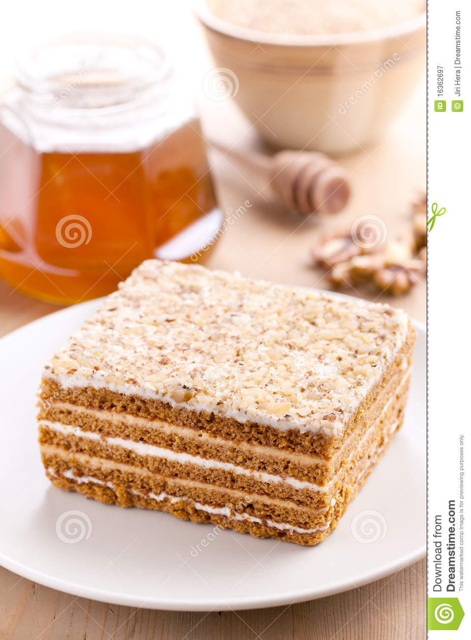 Clipart Of Honey Cake : Honey Cake Royalty Free Stock Photography - Image: 16362697