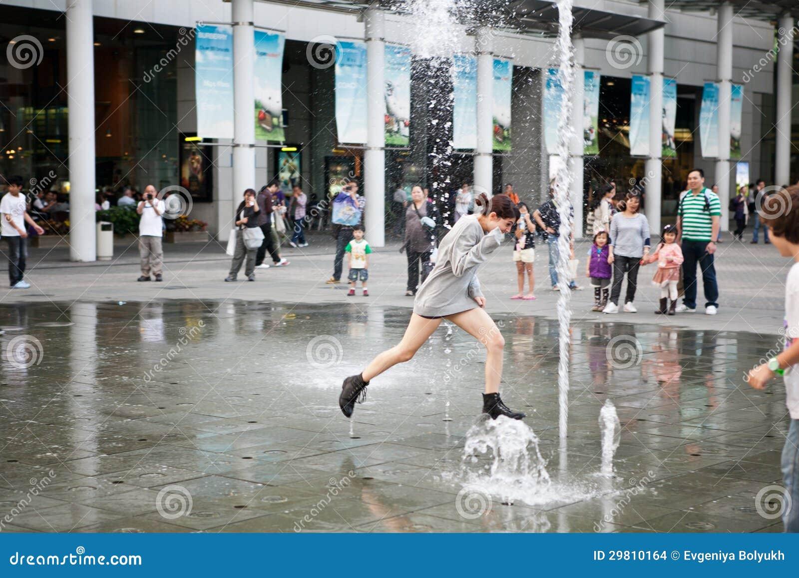 Happy tourist in asia - 2 part 4