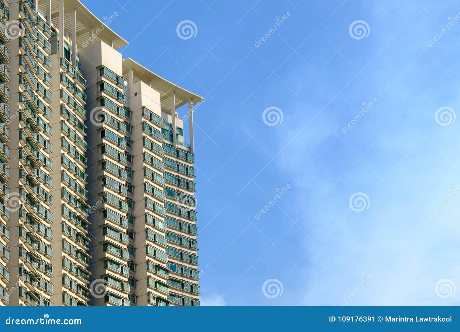 Hong Kong-de ingezetenen zullen het meest in lange gebouwen leven wegens