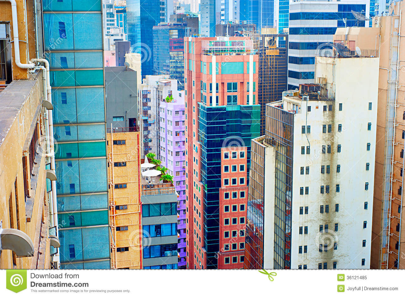 hong kong housing problems Hong kong is a densely populated metropolitan so there are a lot of housing problems especially for the urban poor as the housing problems in hong kong such as the shortage of housing units are getting more acute, it is worth making an in-depth analysis for the sake of gaining a deeper insight.