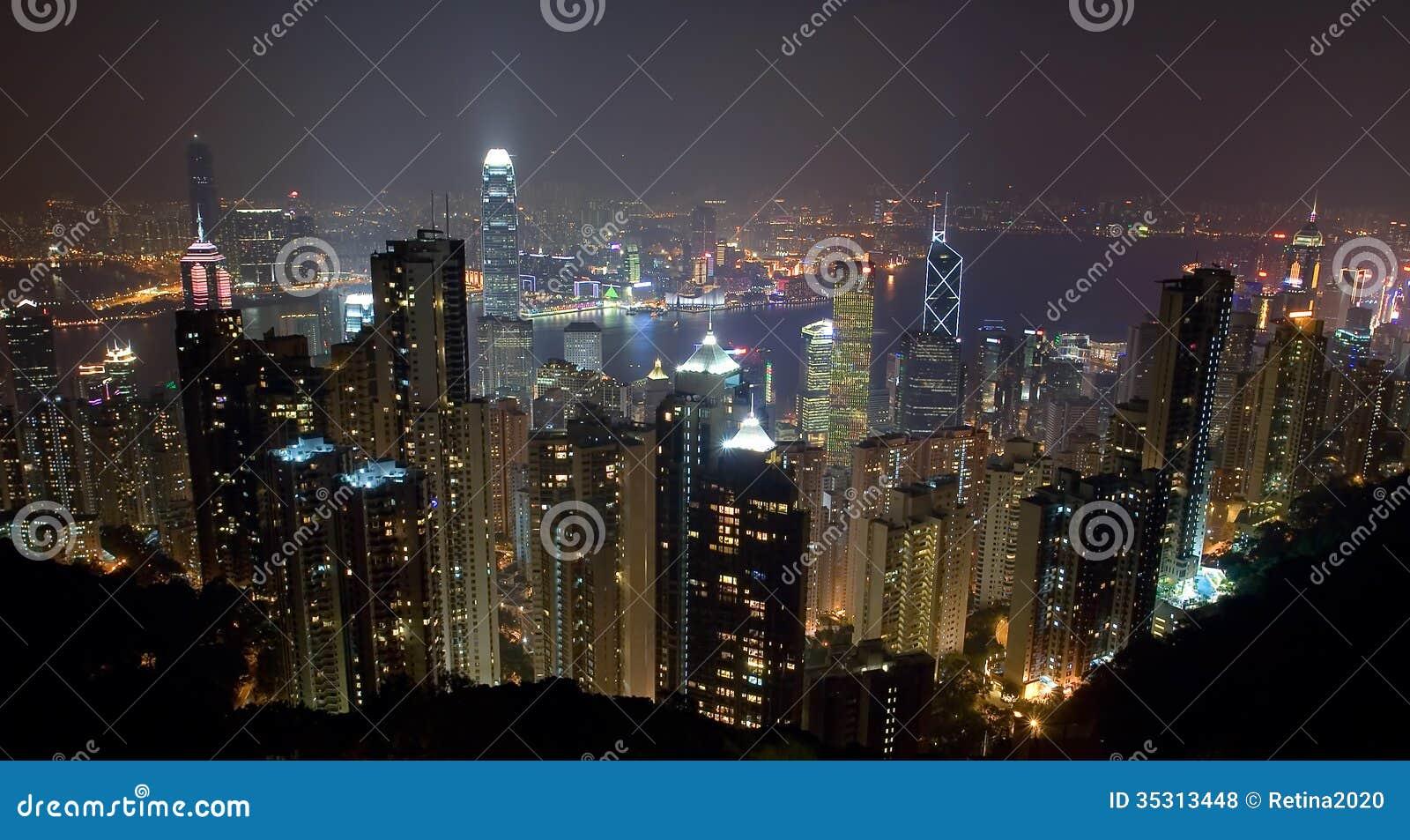 Hong Kong Island Skyline bij nacht van de Piek