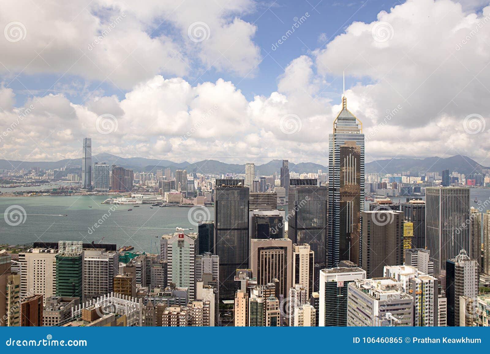 Hong Kong Kina - September 22, 2017: CentralPlaza för flyg- sikt
