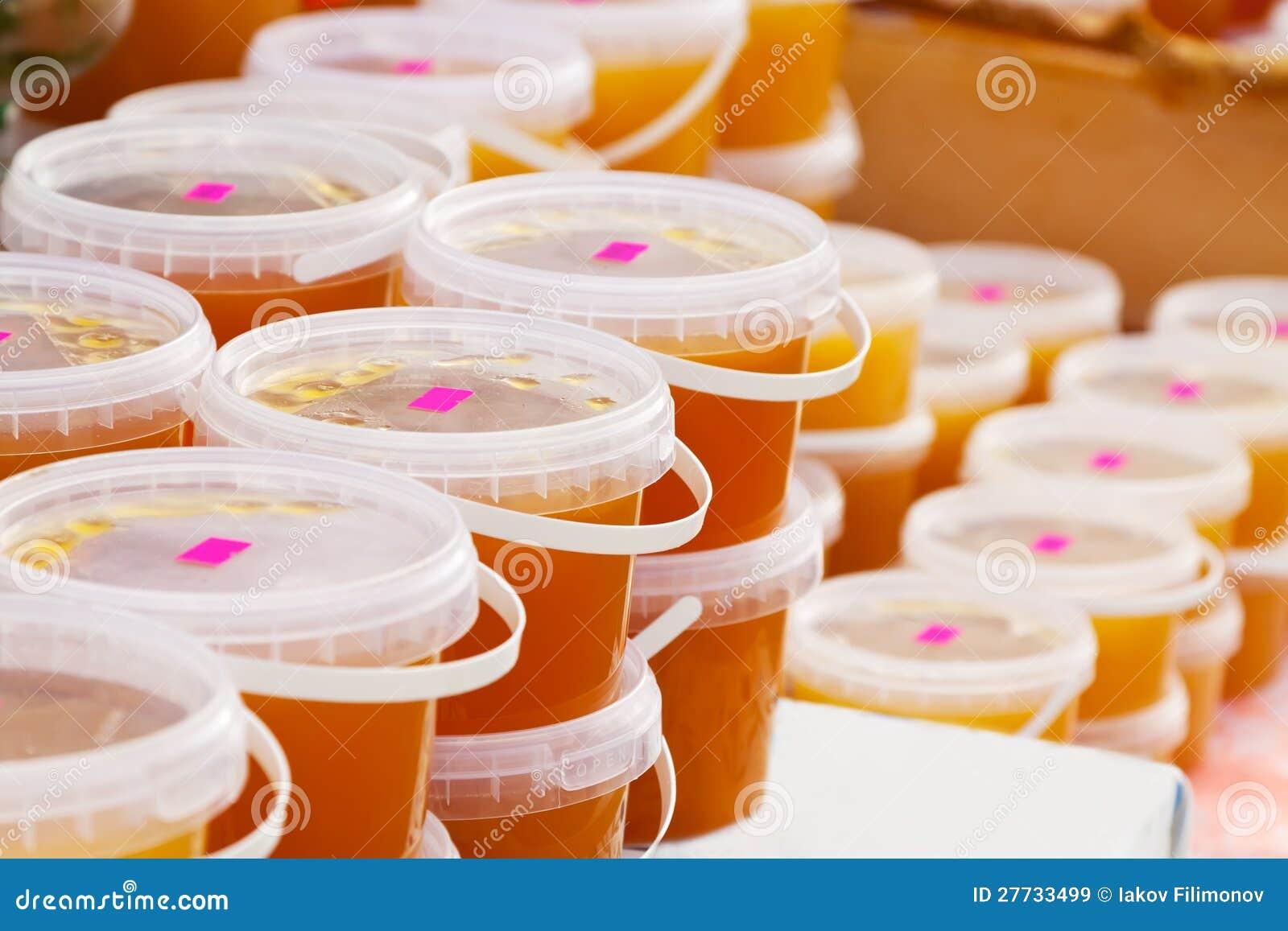 Honig auf Zählwerk im Markt