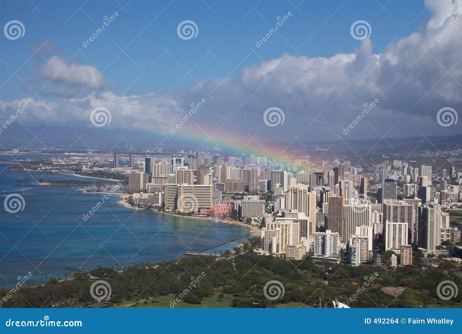 Honolulu над радугой