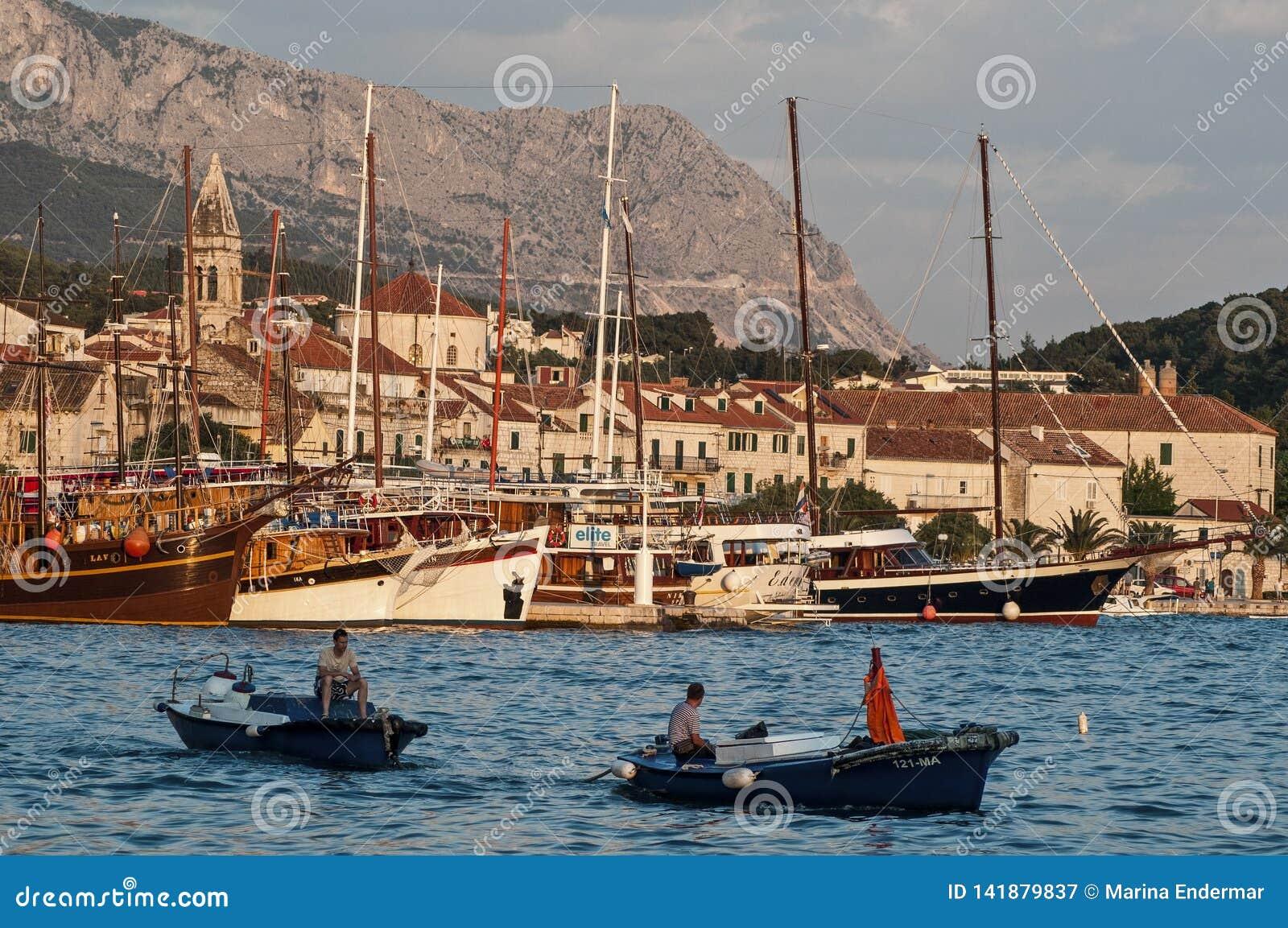 Hoofdhaven, Makarska, Kroatië