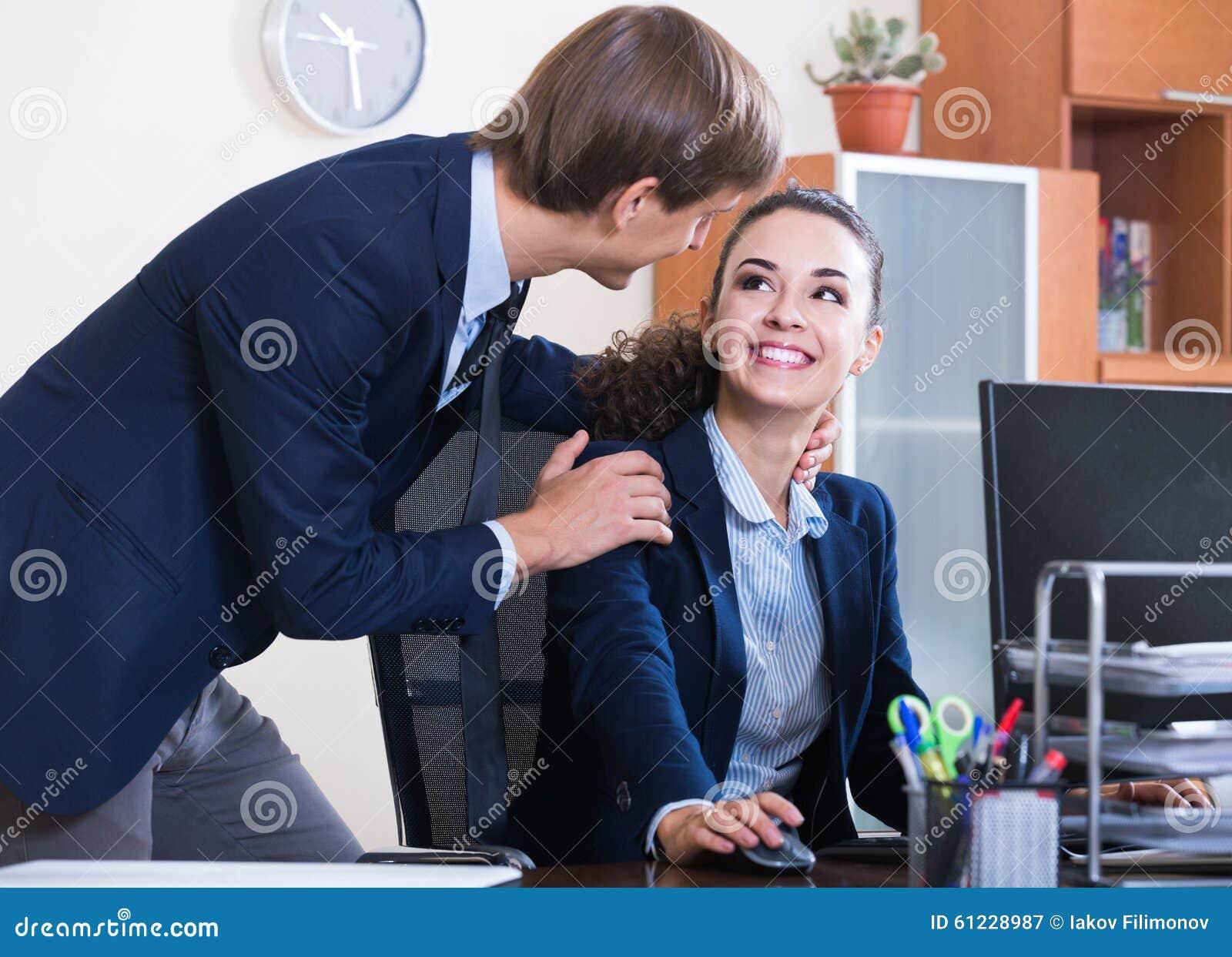 Flirten op het werk wow