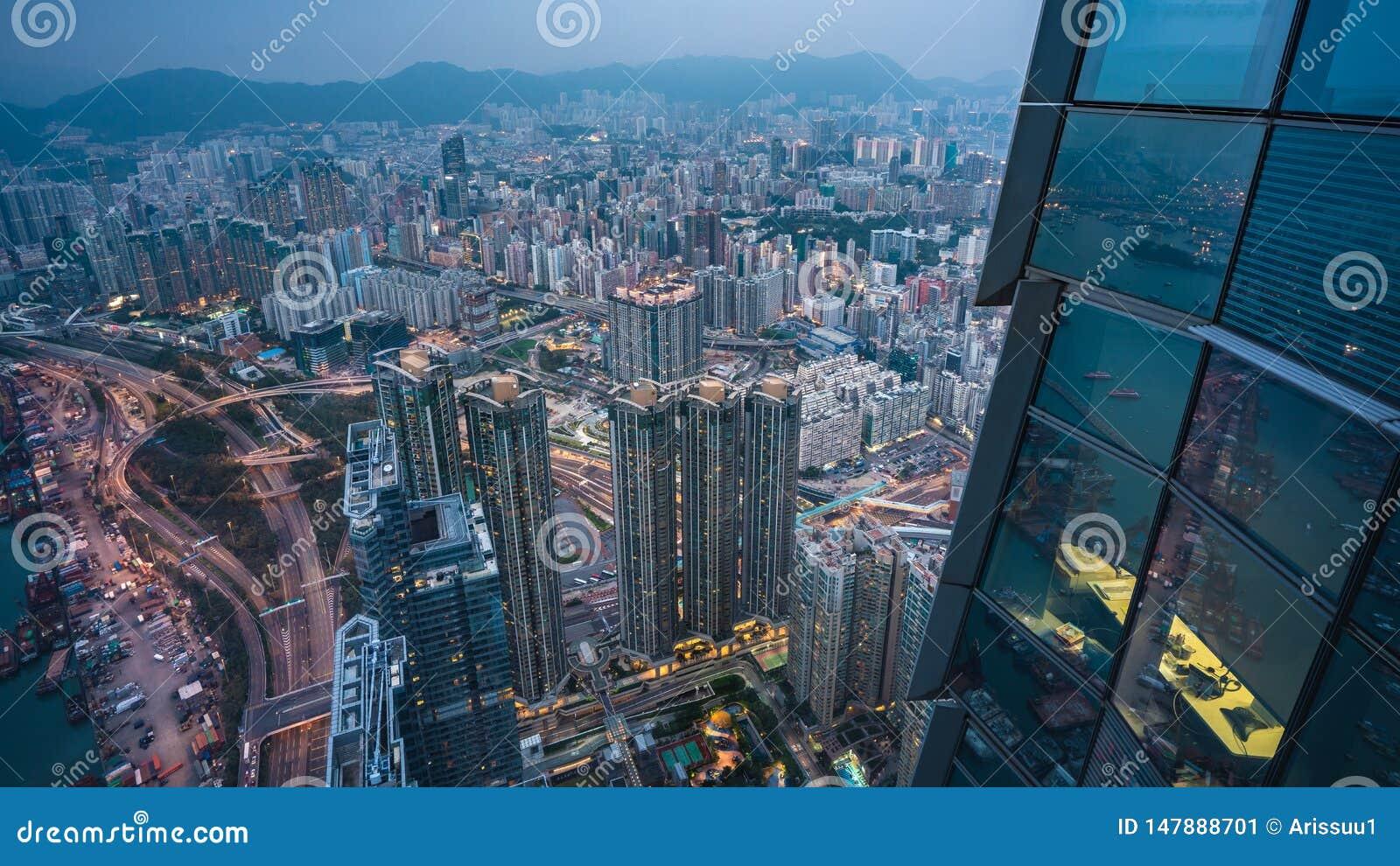 Hoogste Weergeven van ZeehavenVrachtvervoerder in Hong Kong