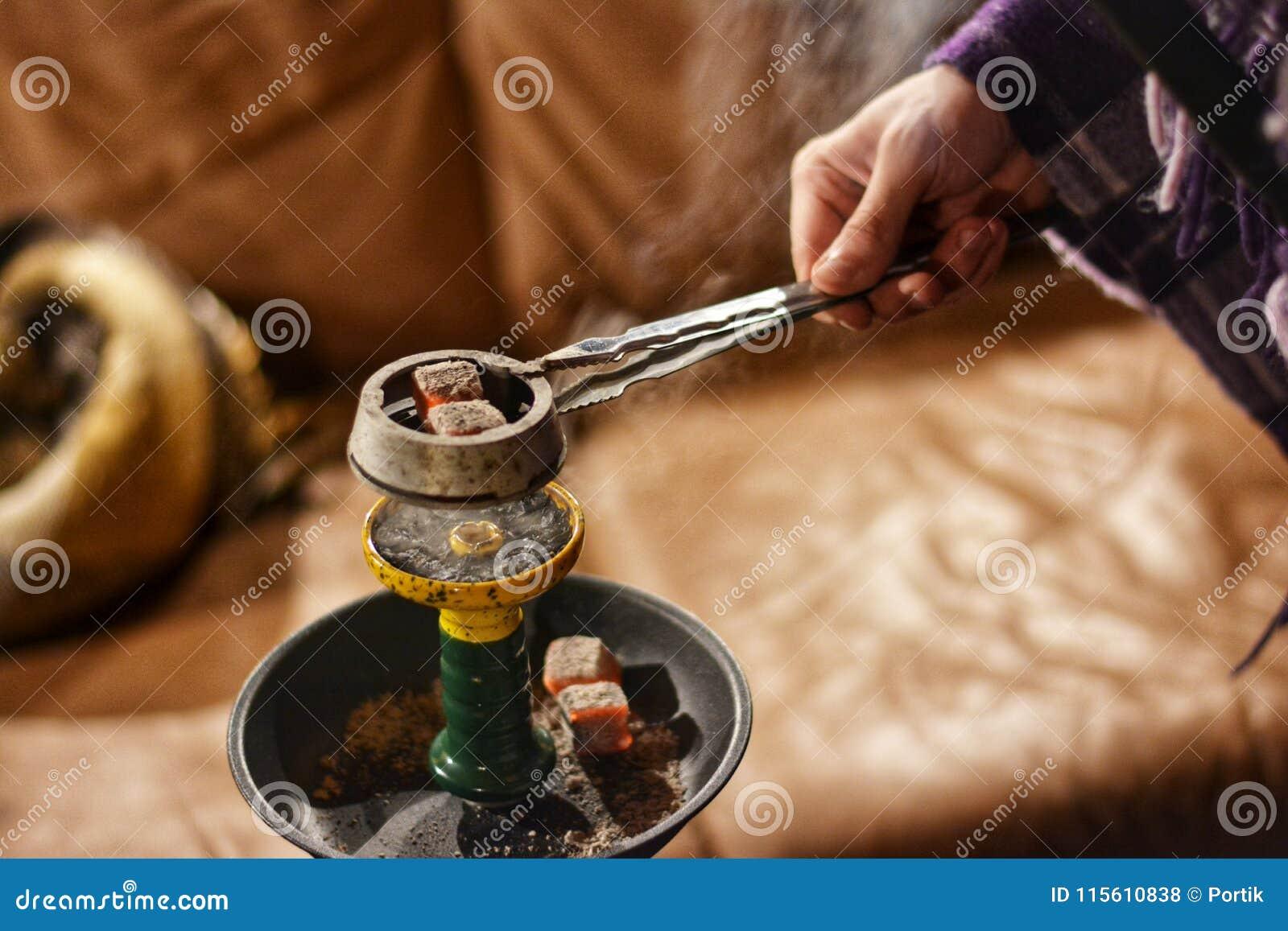 how to heat up hookah coals