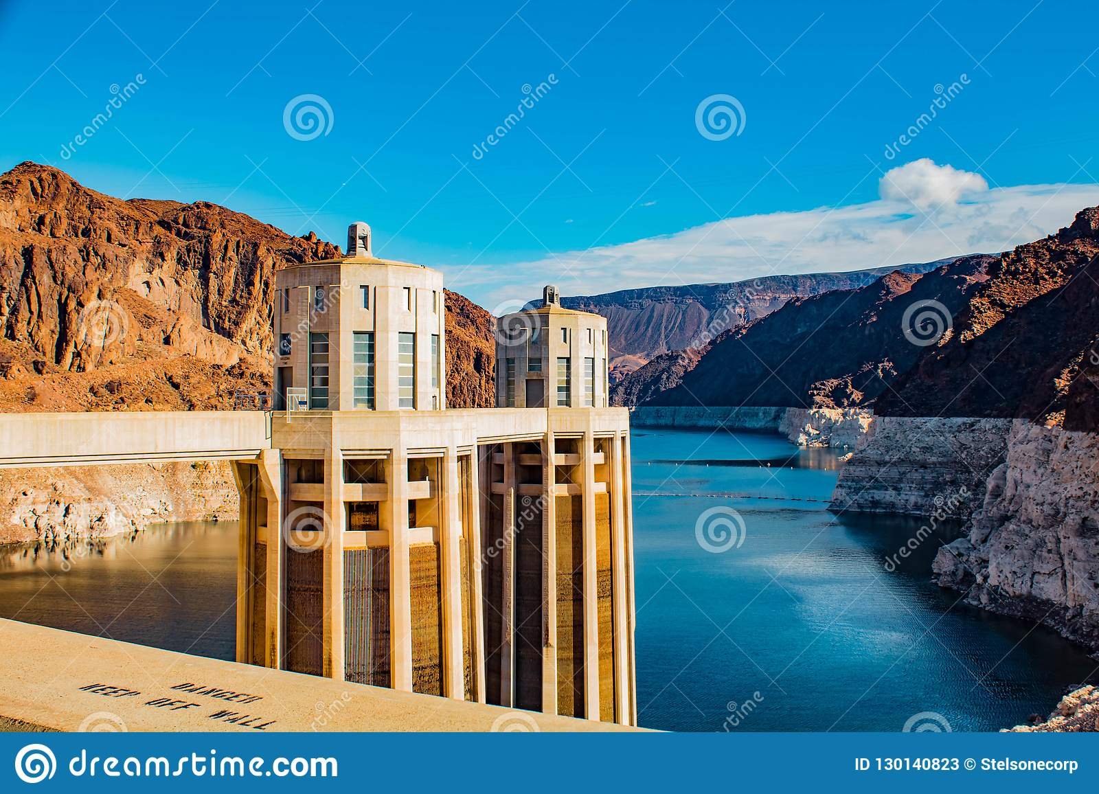 Hooverdammsansicht über den Colorado Nanovolt USA