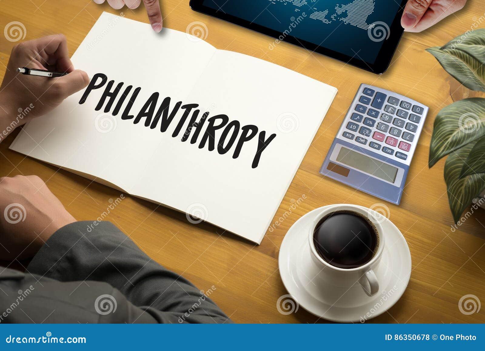 Hoppomsorg donerar hjälp Su för donationer för altruismfilantropivälgörenhet