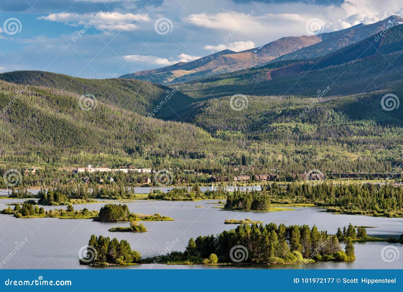 Horas de verão no lago Dillon, Colorado