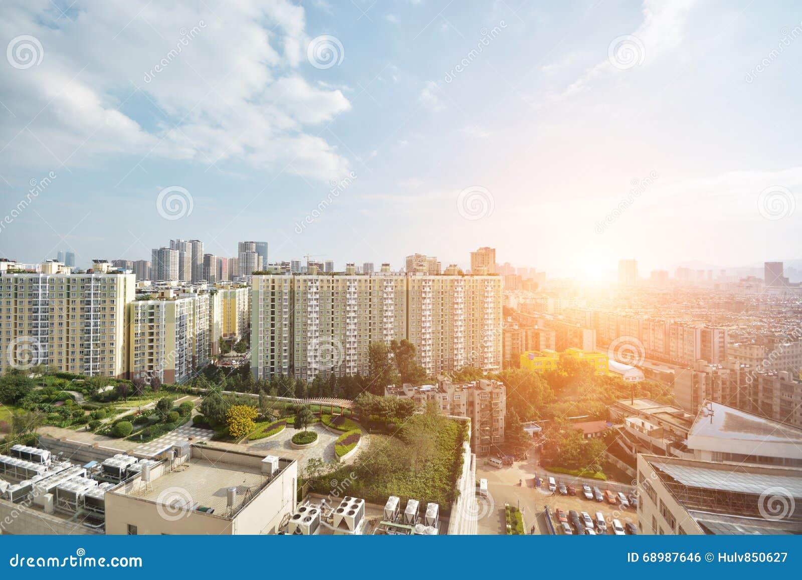 Horisont av den Kunming staden