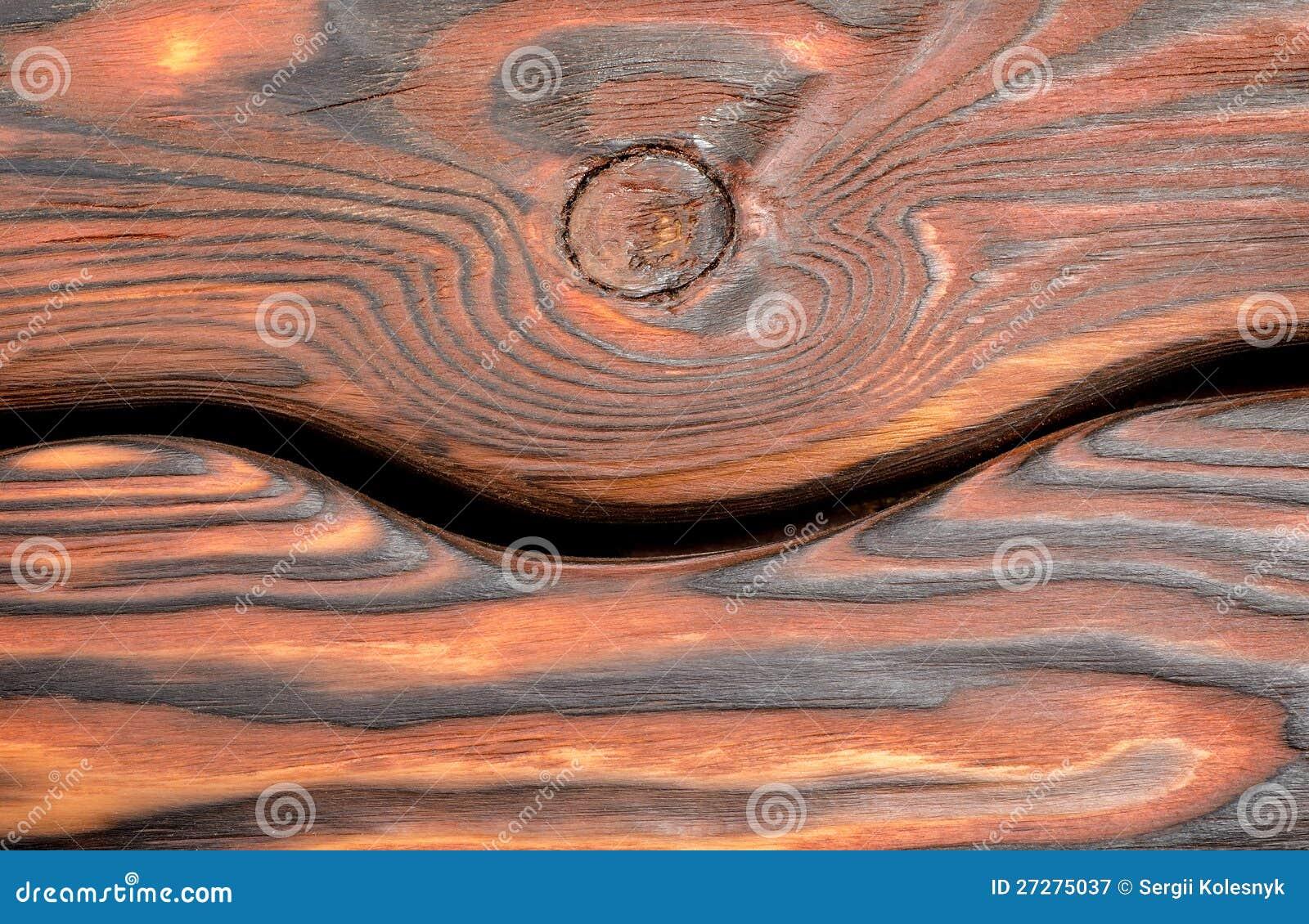 Horisontalgammalt träbräde