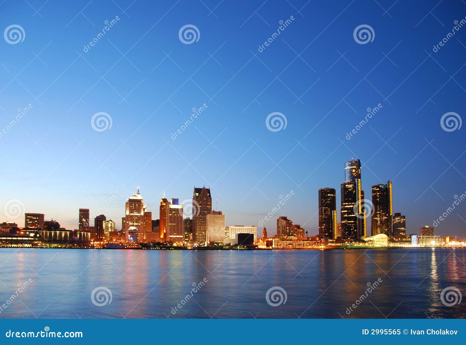 Horizon de Detroit par nuit