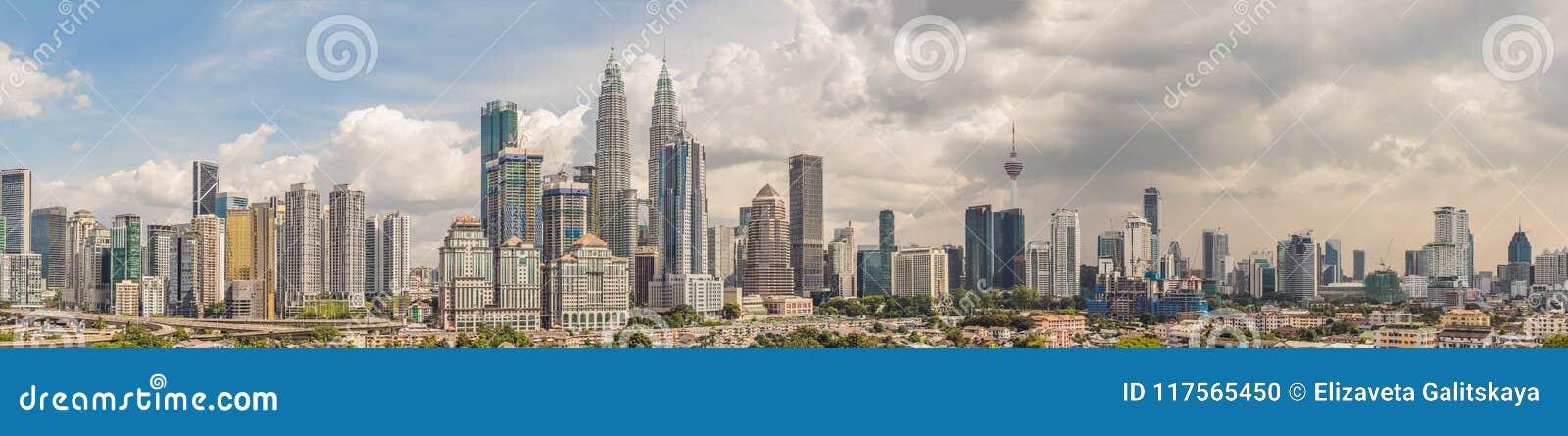 Horizon de Kuala Lumpur, vue de la ville, gratte-ciel avec un beaut