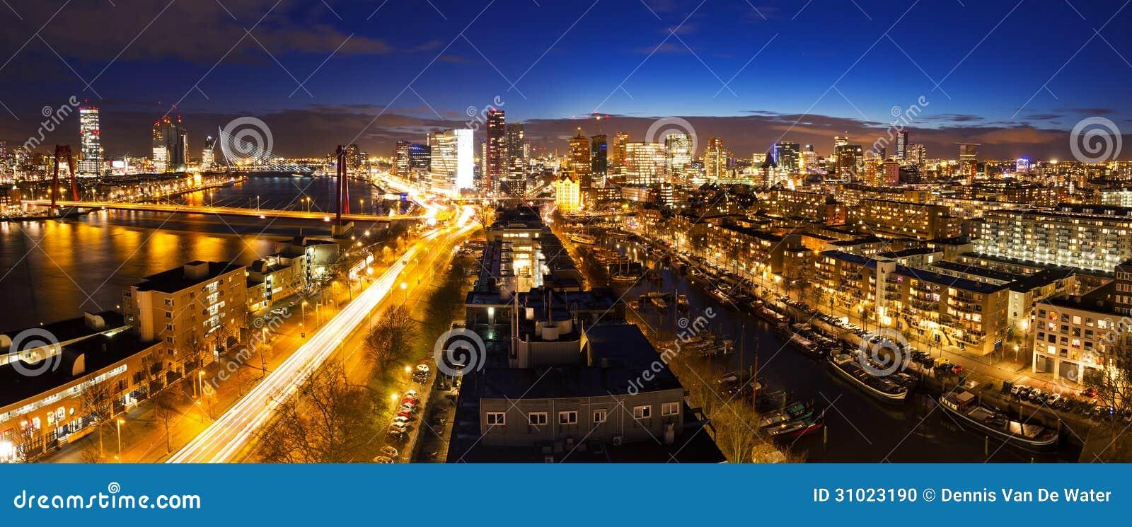 Horizon de nuit de Rotterdam