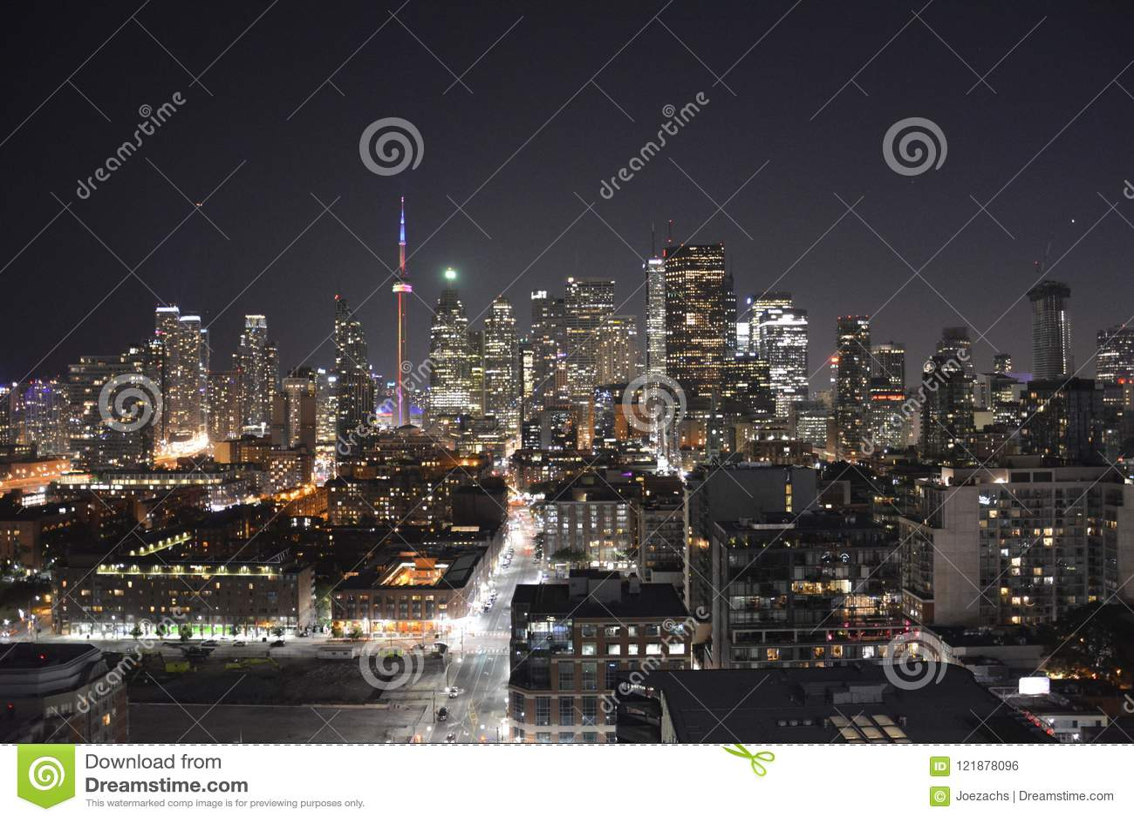 Horizon de van de binnenstad van Toronto in de nacht