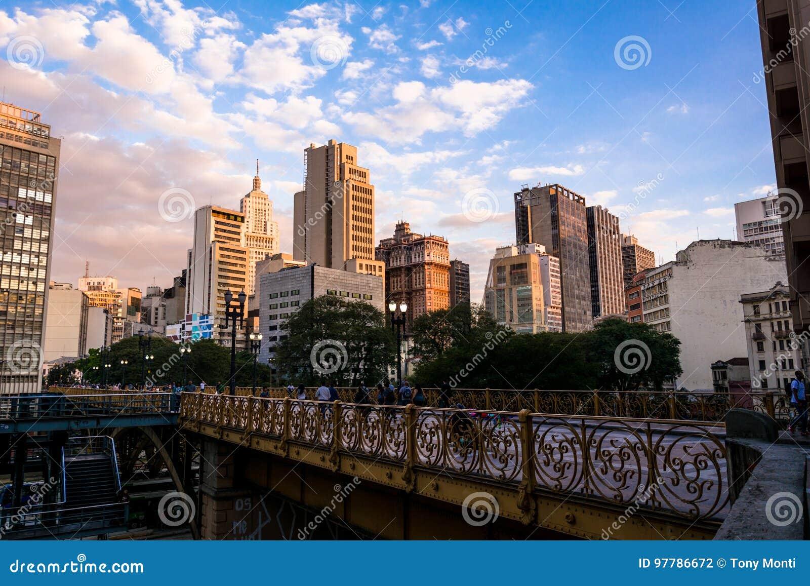 e0392d4c9d Horizon Van Het Centrum Van Sao Paulo Redactionele Fotografie ...