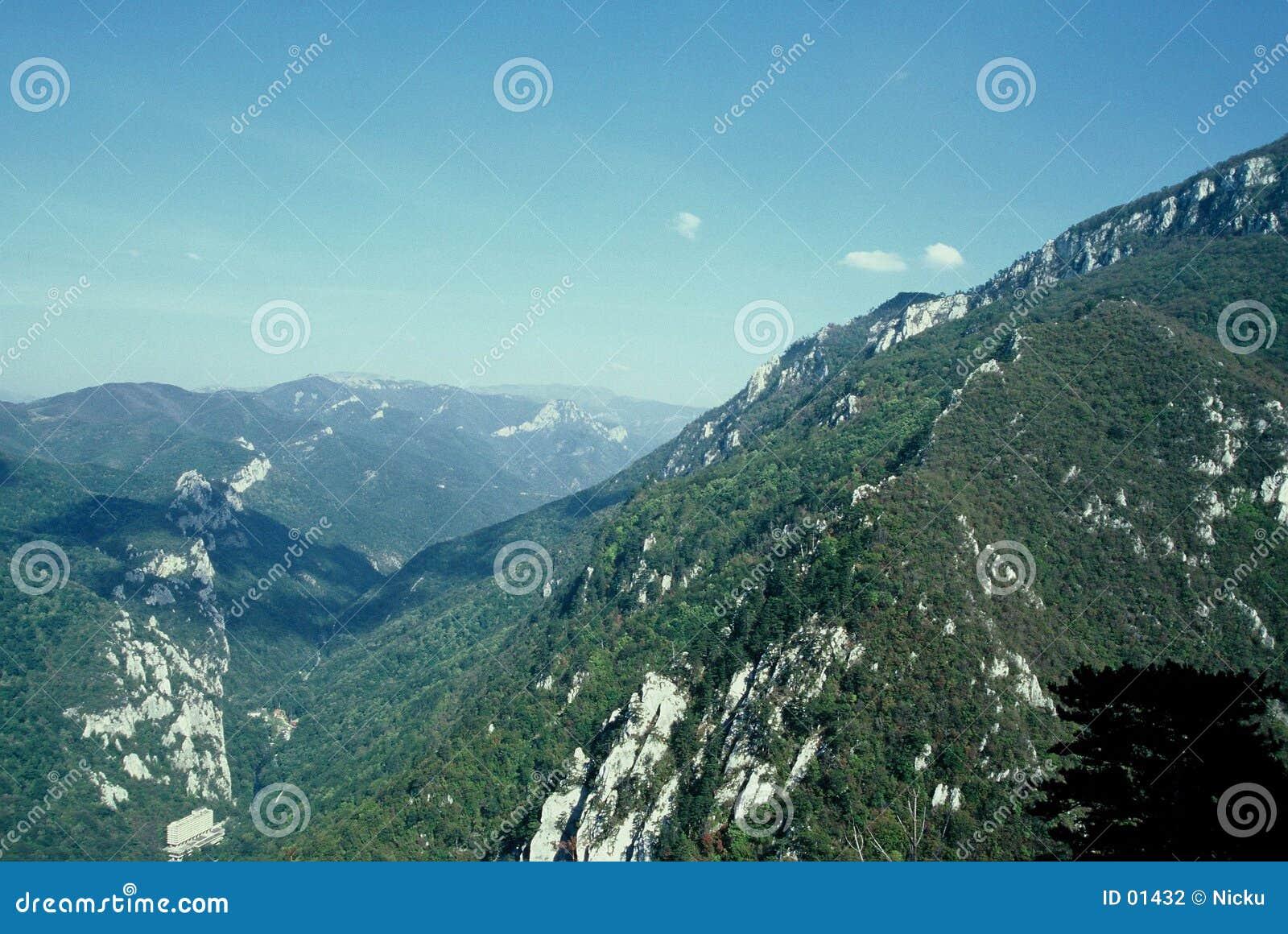 Horizontal de montagnes