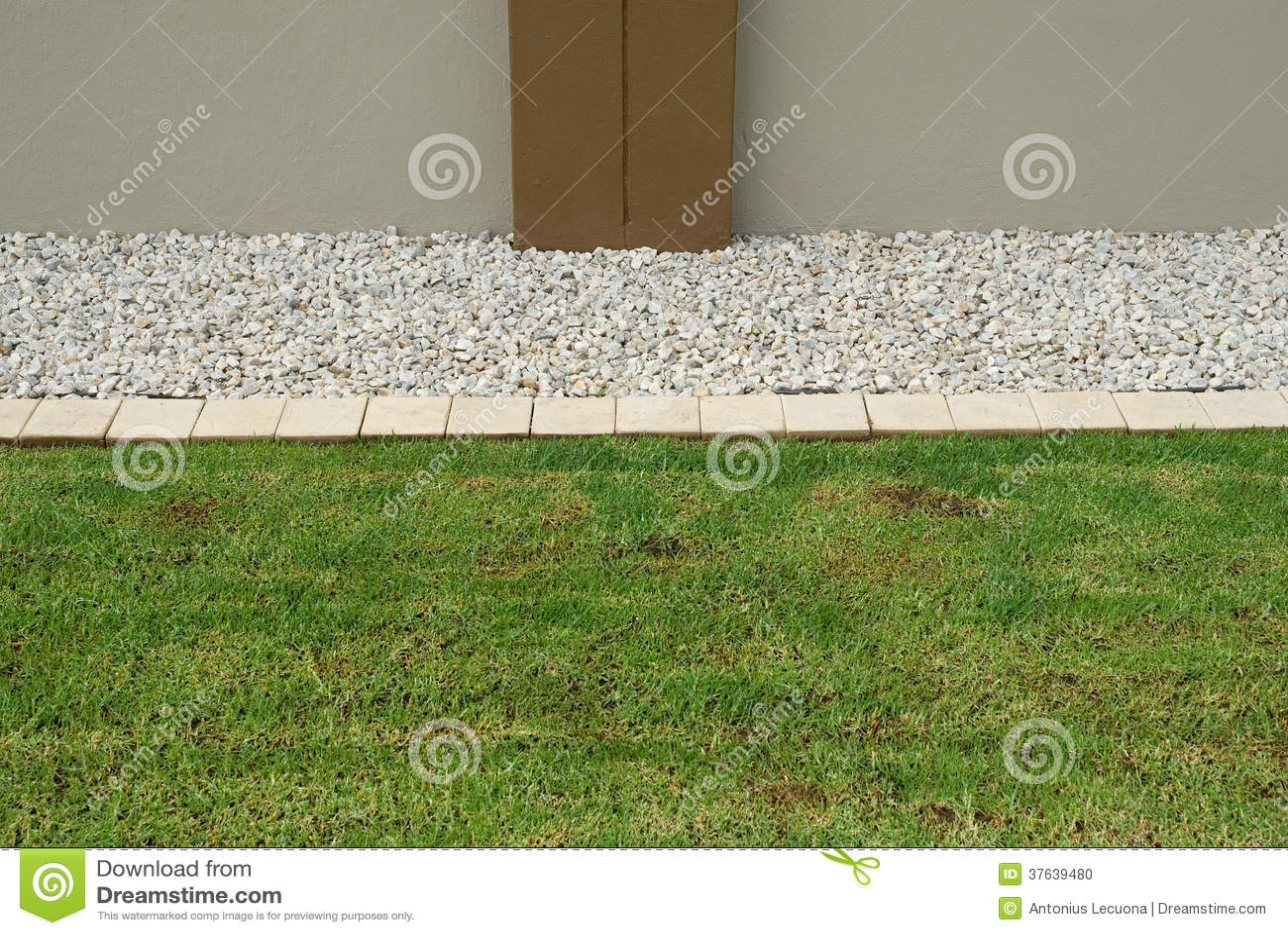 Horizontal Lawn Border Stock Photo Image 37639480