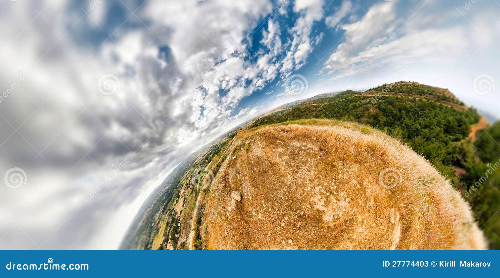 Horizontal sphérique de montagne