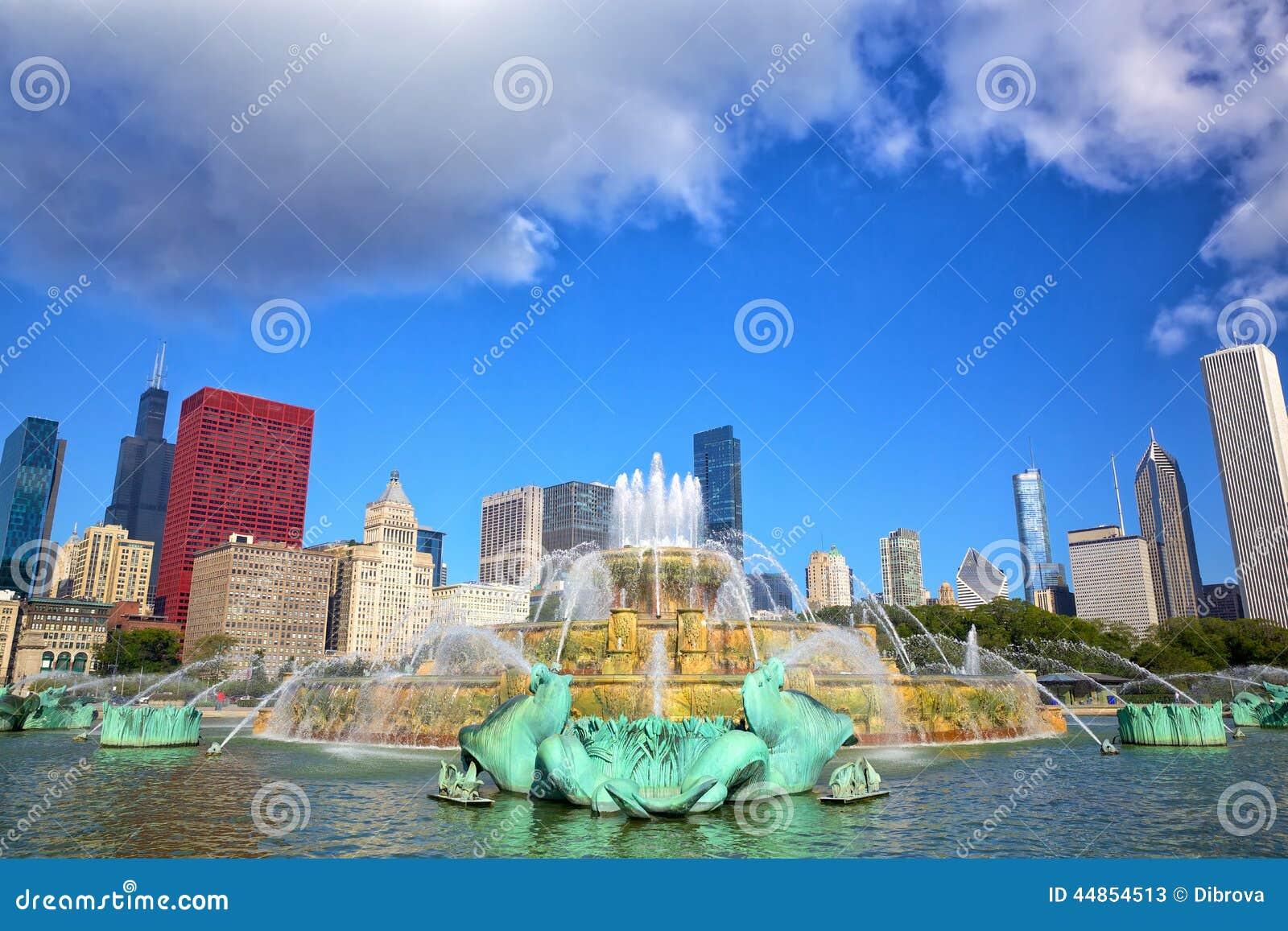 Horizonte de Chicago y fuente de Buckingham
