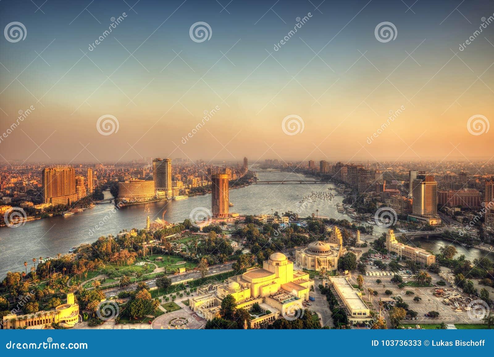 Horizonte de El Cairo de la torre de El Cairo