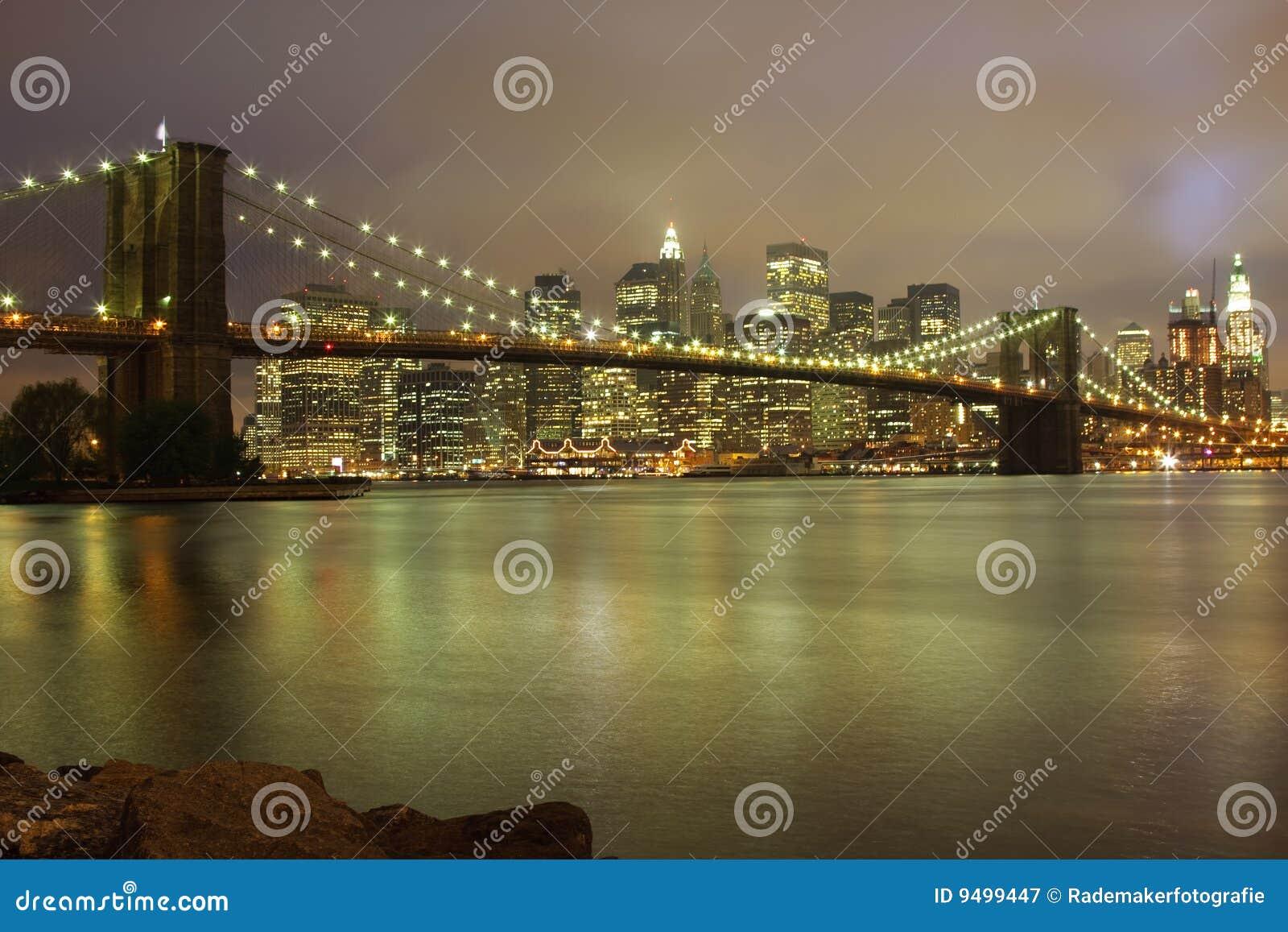 Horizonte de la noche de Nueva York